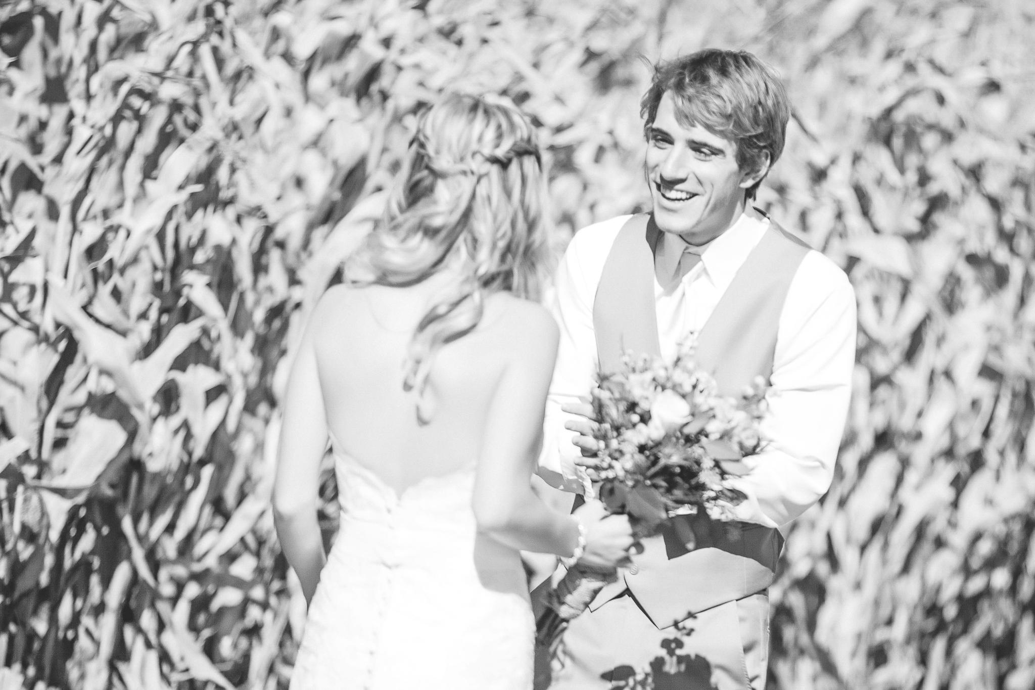 family farm minnesota wedding photography-9.jpg