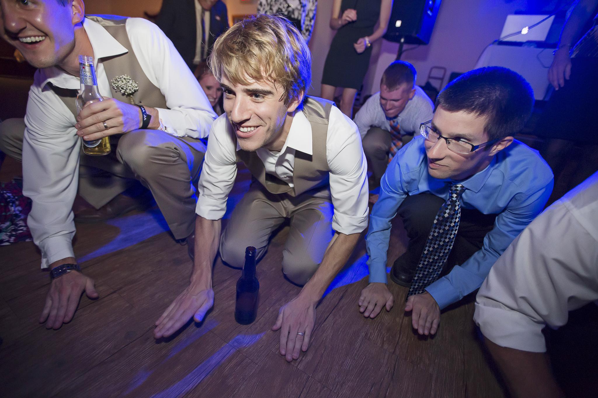 family farm minnesota wedding photography-31.jpg