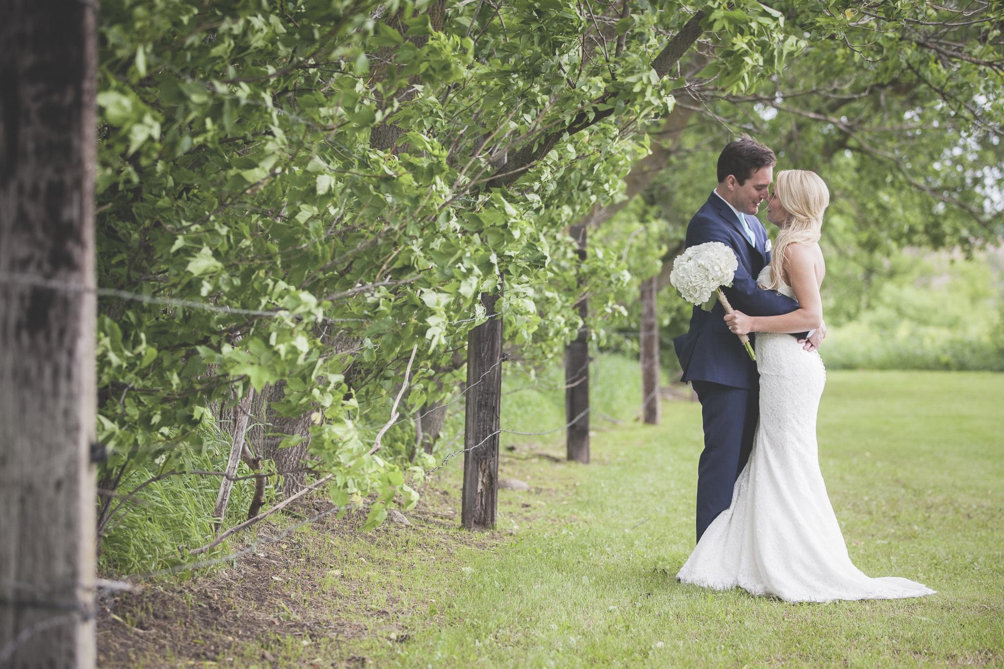family farm minnesota wedding photography-11.jpg