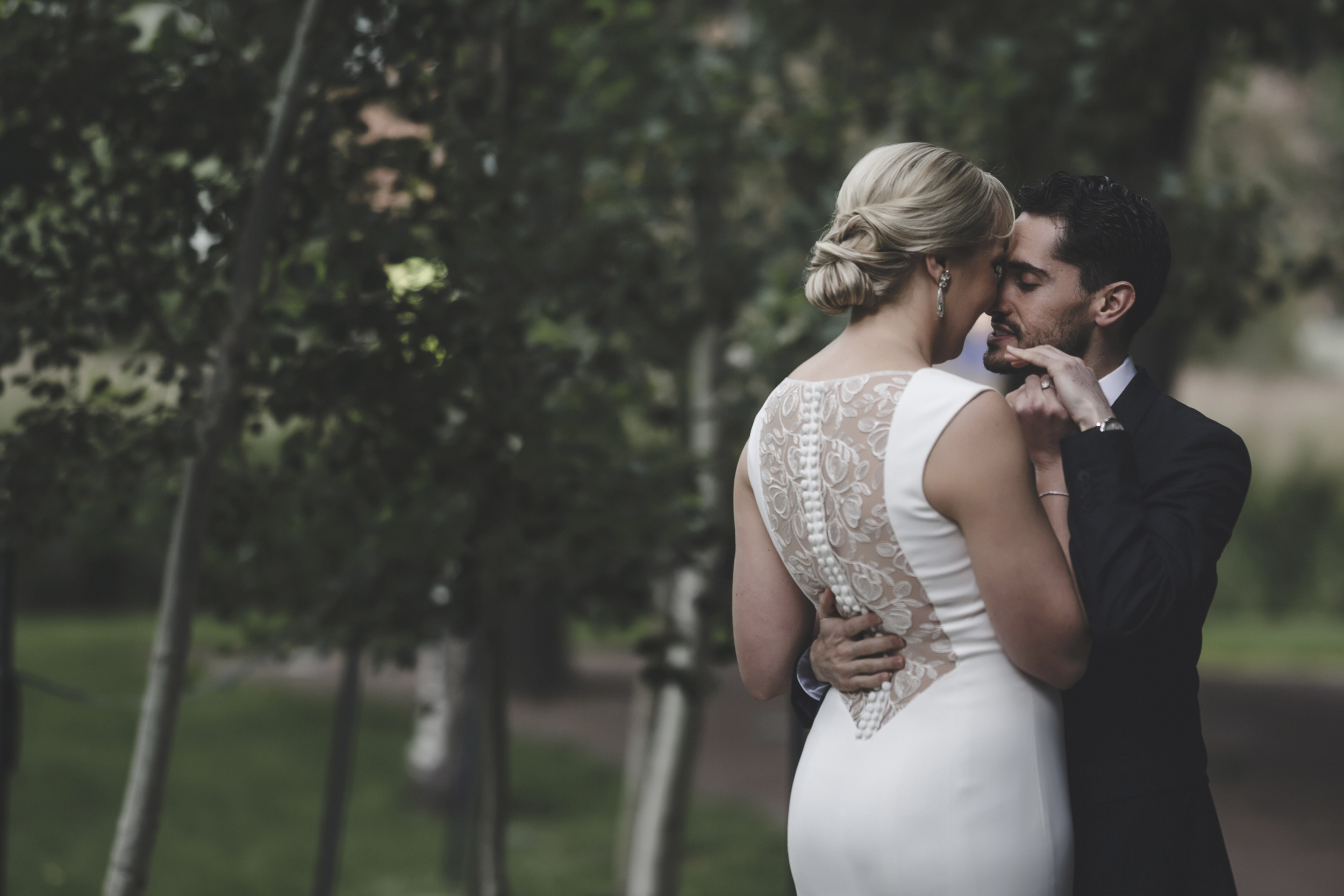 McNamara Alumni Center Minneapolis Wedding Photographer-13.jpg