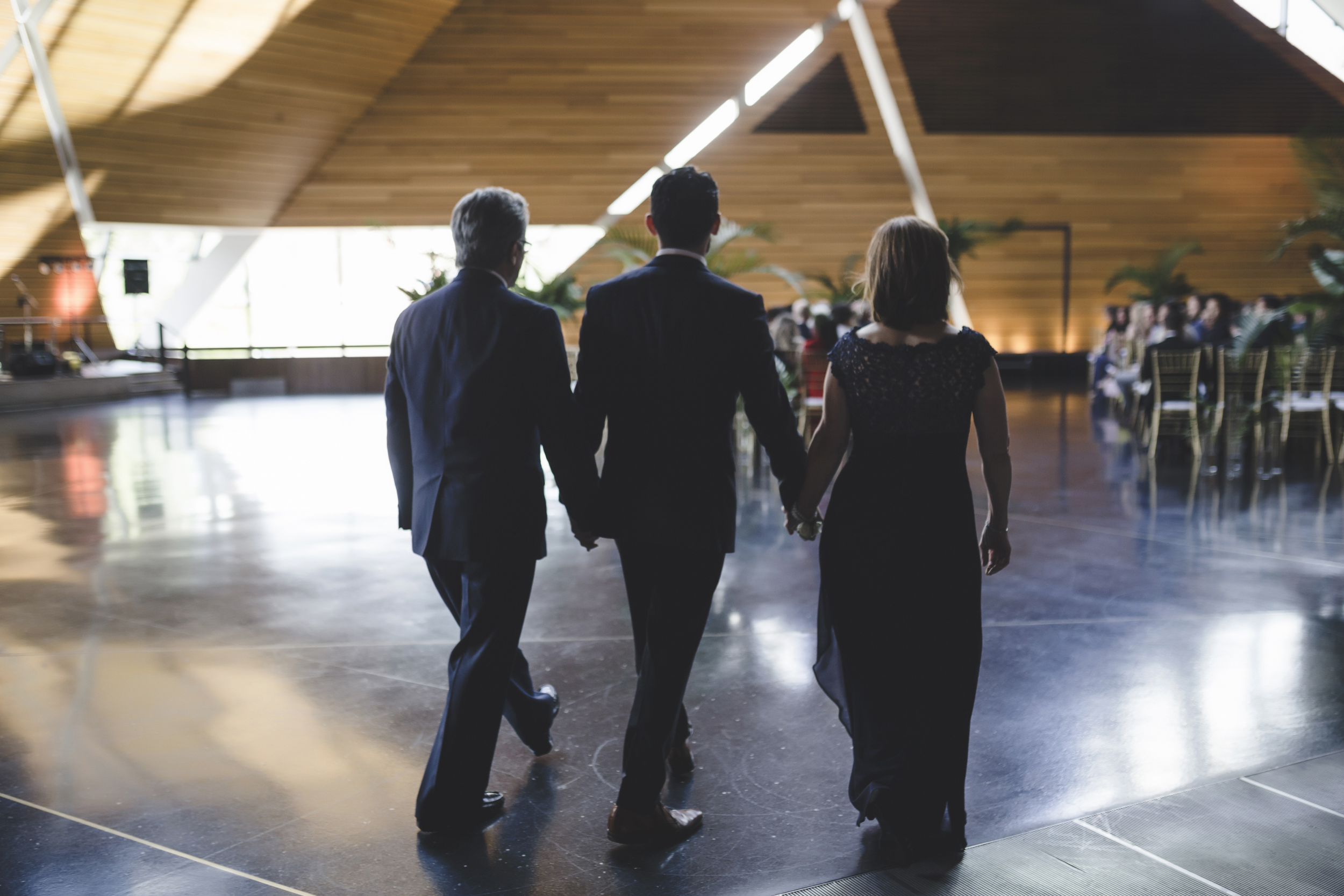 McNamara Alumni Center Minneapolis Wedding Photographer-25.jpg