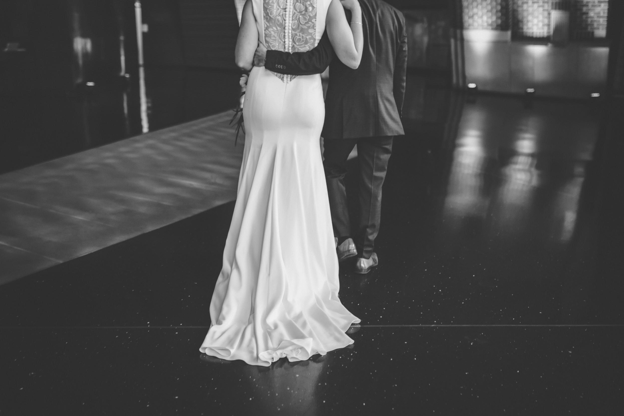 McNamara Alumni Center Minneapolis Wedding Photographer-33.jpg