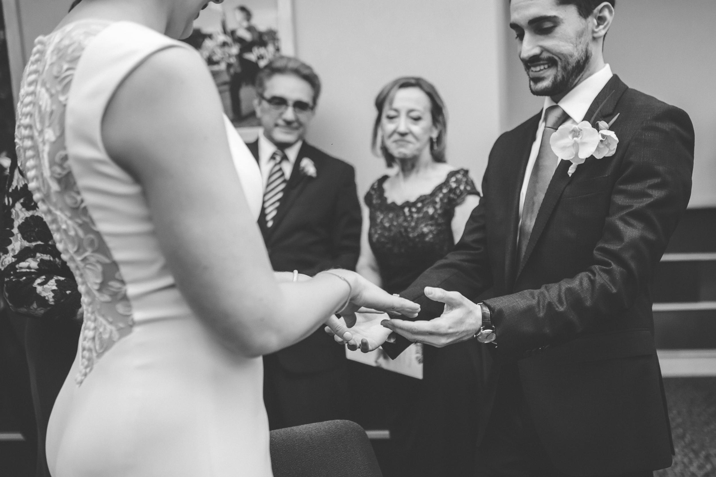McNamara Alumni Center Minneapolis Wedding Photographer-34.jpg