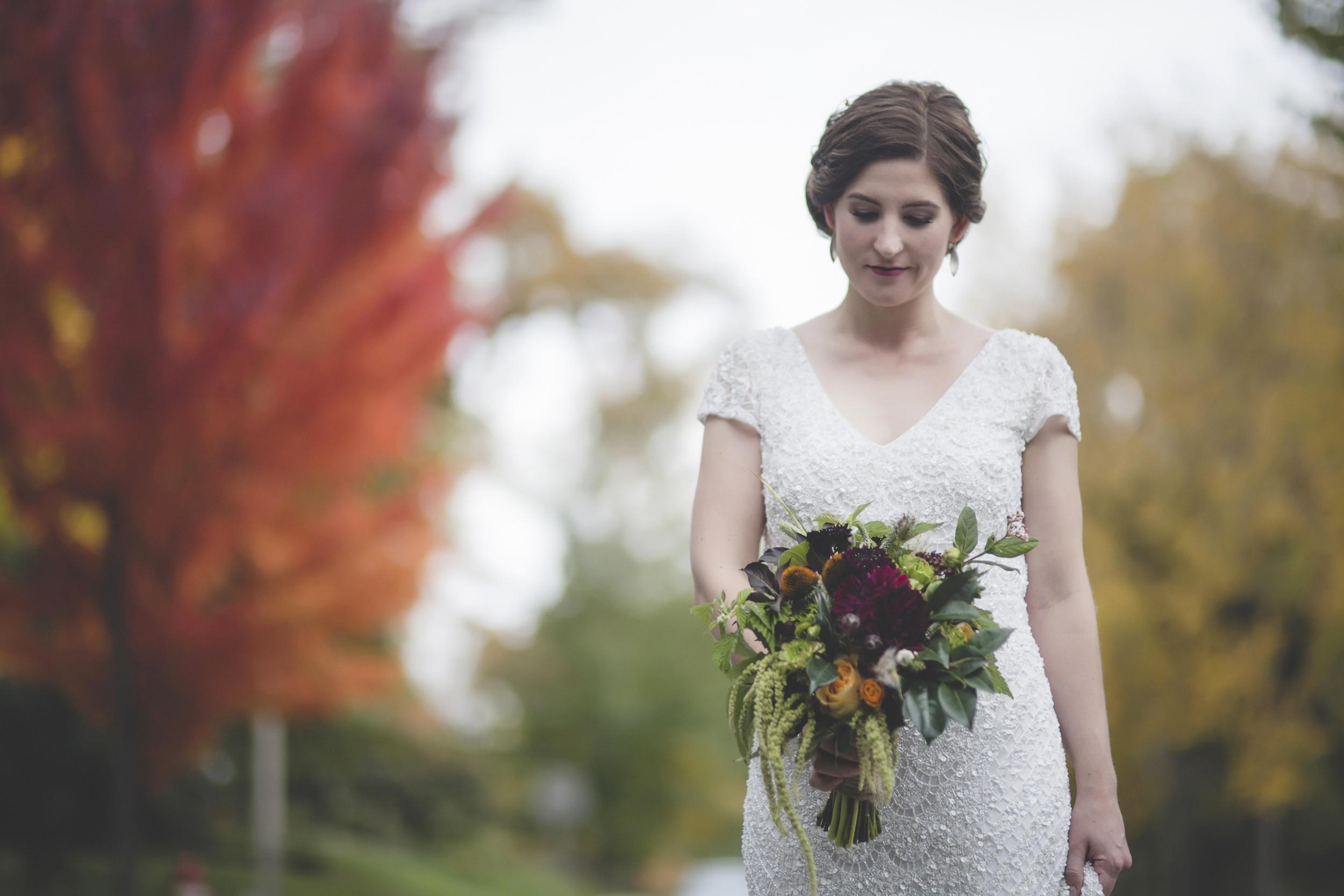 8 minneapolis backyard fall wedding.jpg