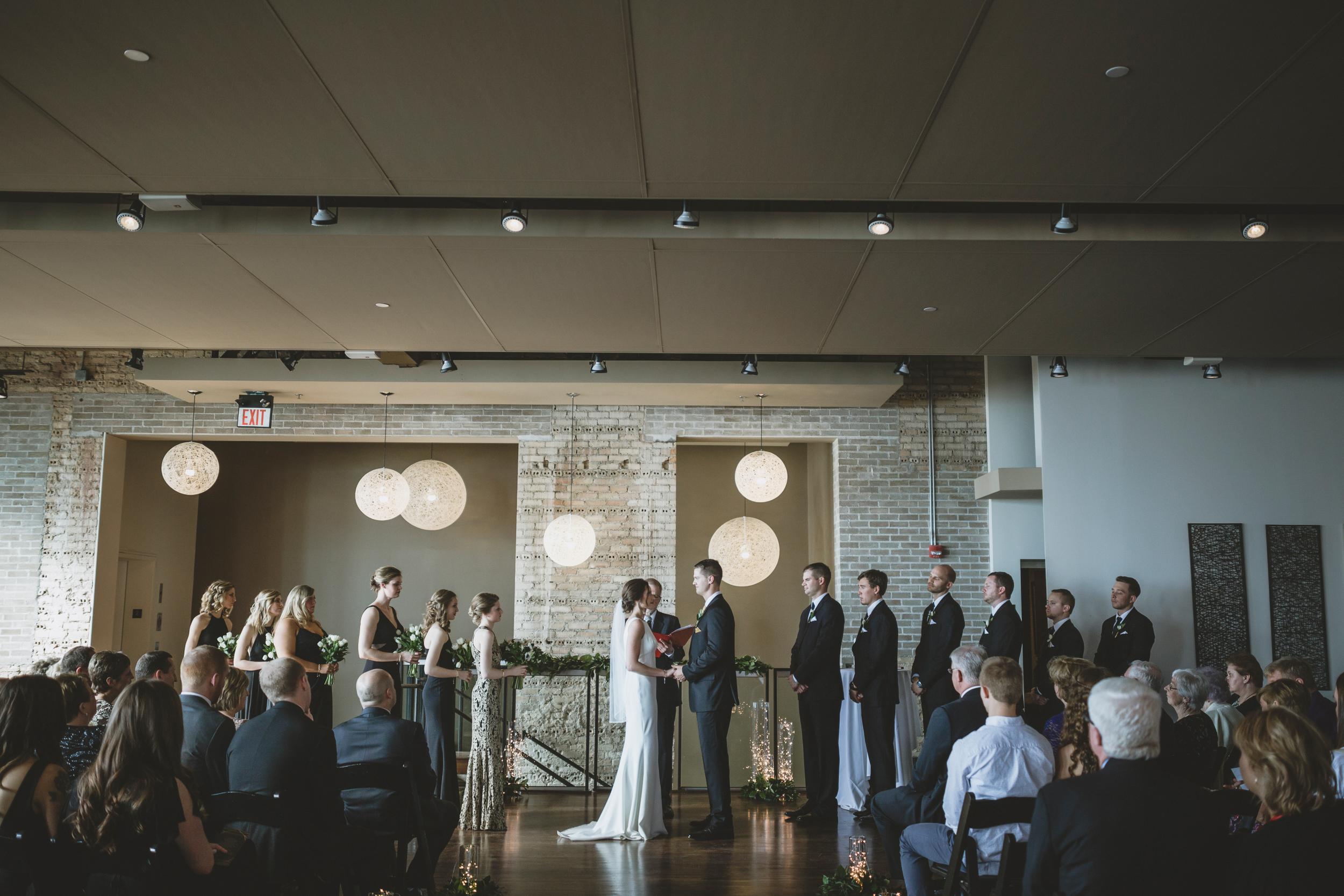 five event center uptown minneapolis wedding-43.jpg