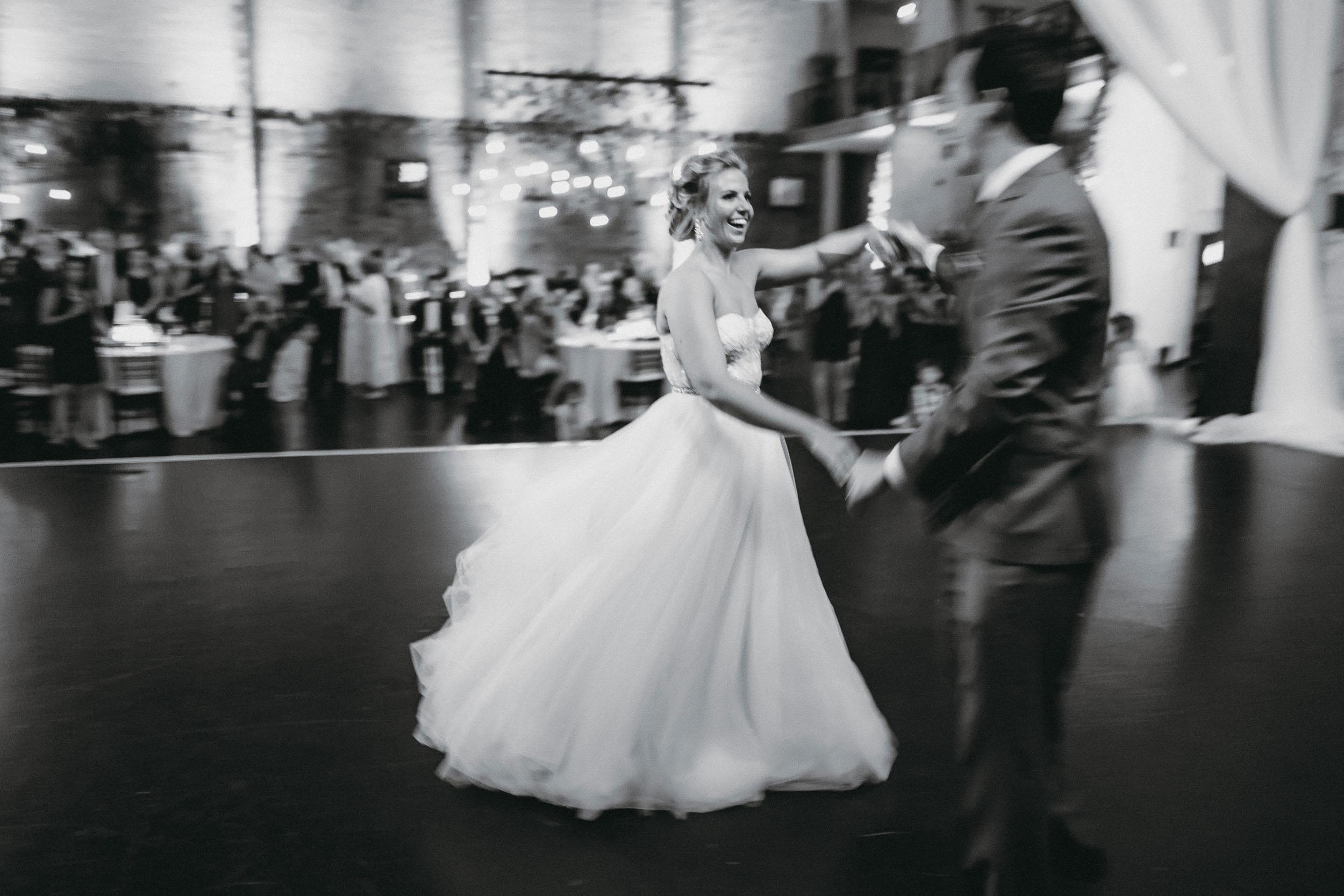 25-aria minneapolis documentary wedding photographers-1.jpg