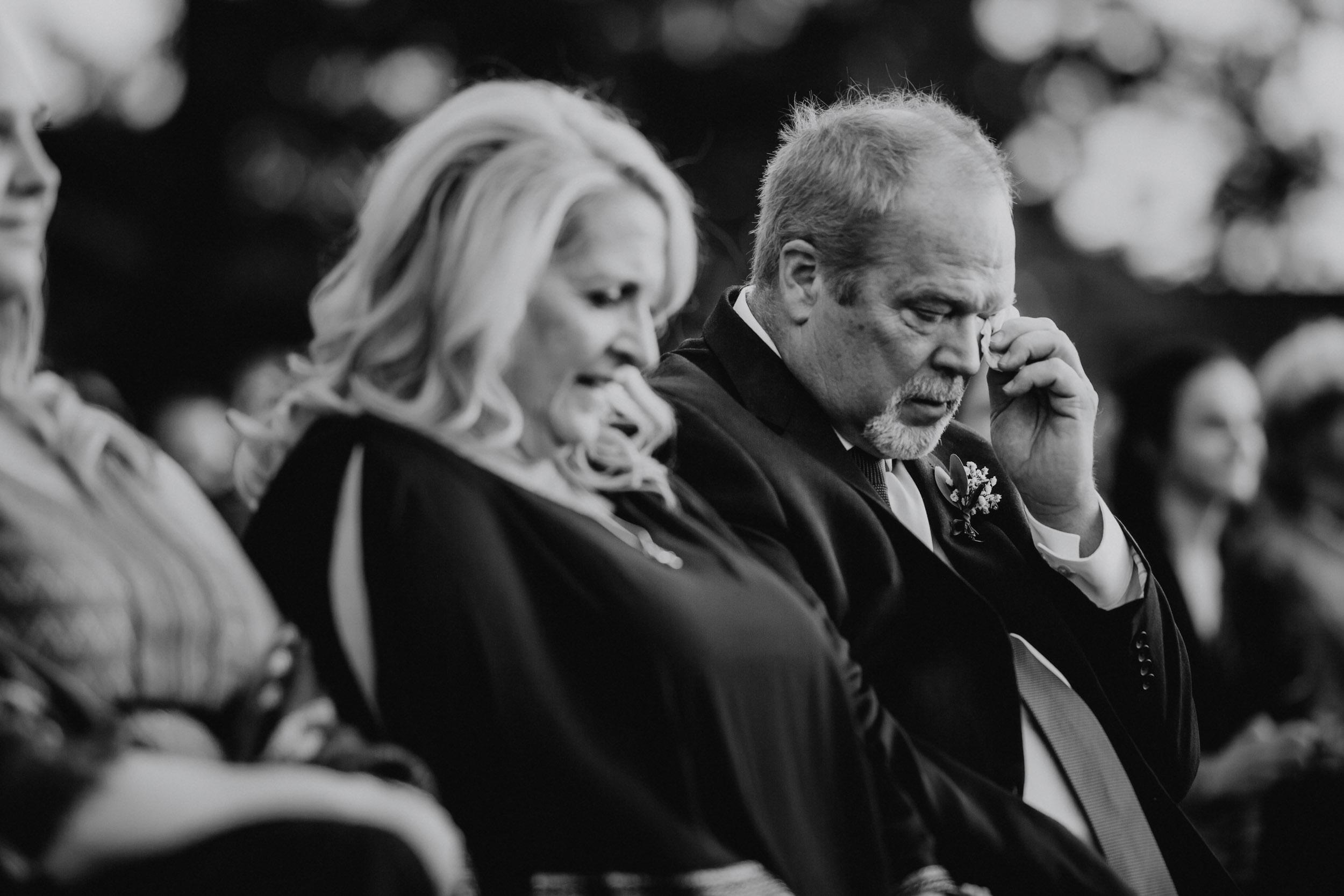 47-minnesota candid documentary wedding photographers-1.jpg