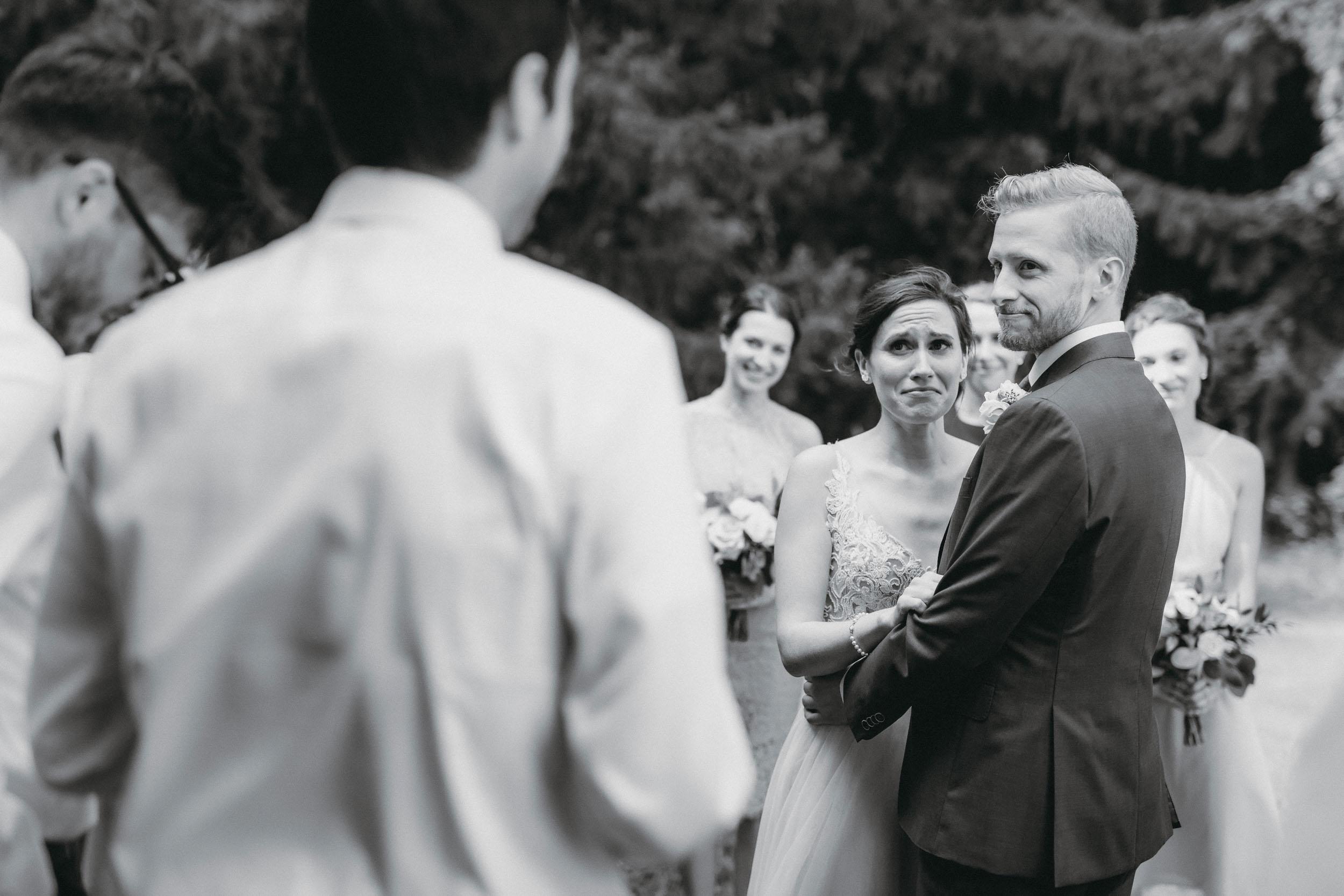 58-minneapolis candid outdoor documentary wedding photographers-6.jpg