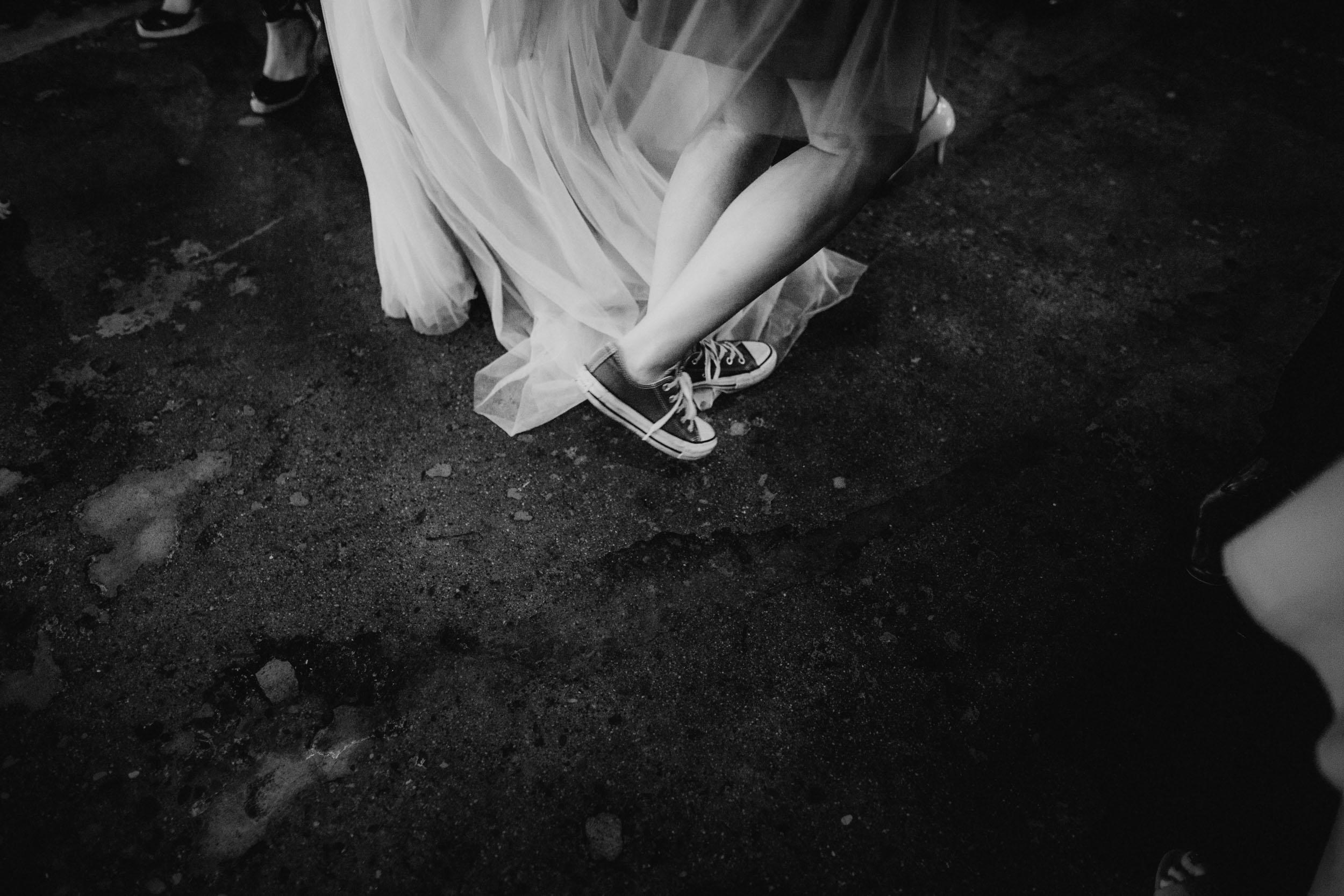 72-bauhaus minneapolis wedding photographers-1.jpg