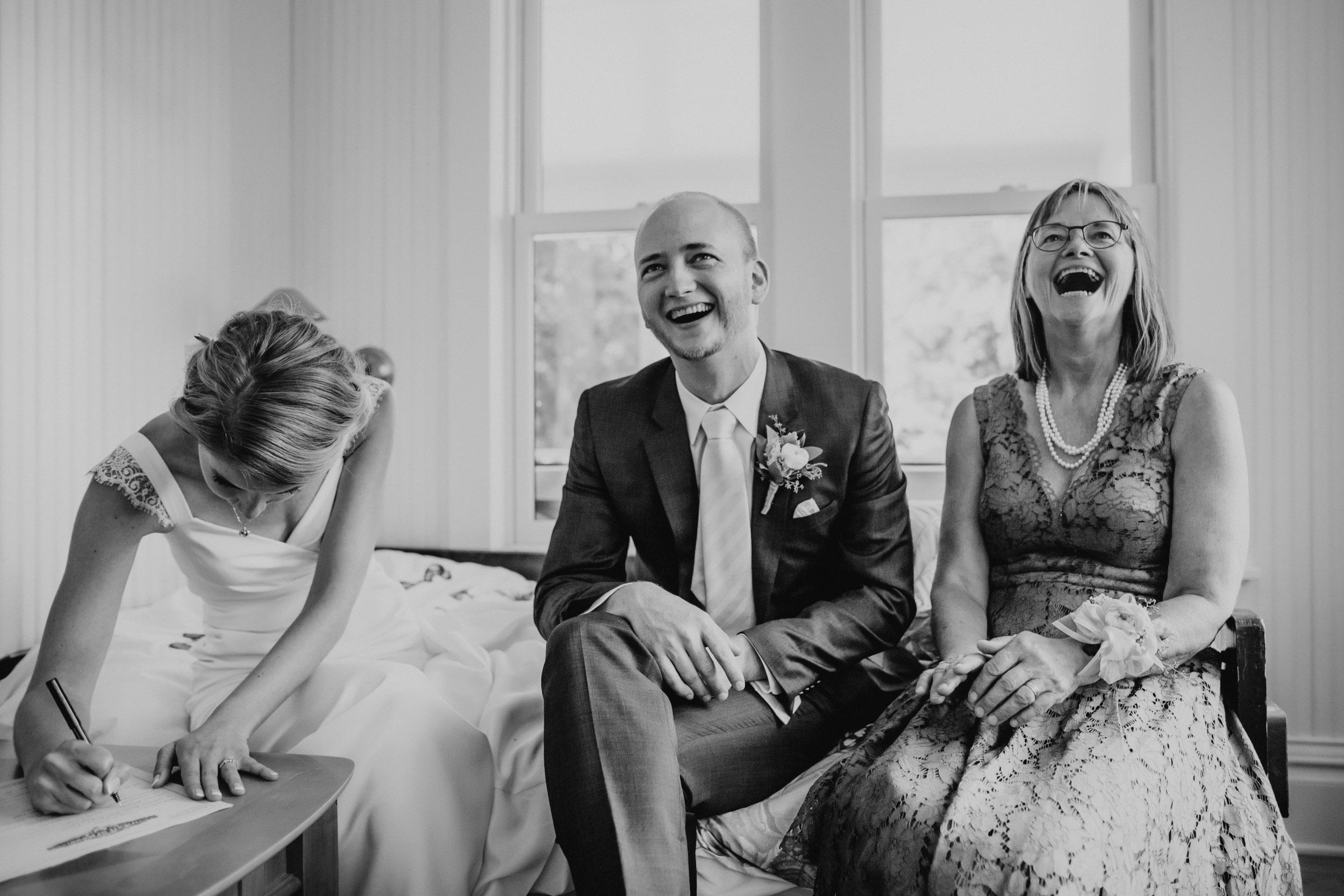 16-minneapolis home backyard documentary intimate wedding photographers-1.jpg