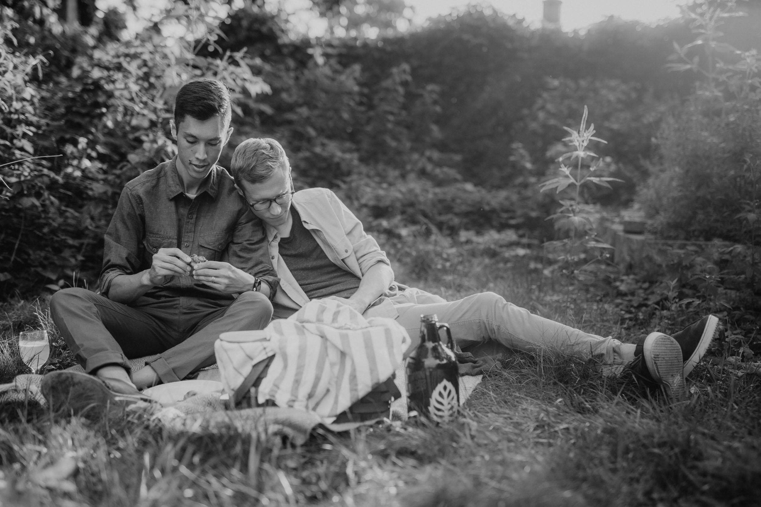 7-best minneapolis same sex gay engagement session photographers.jpg
