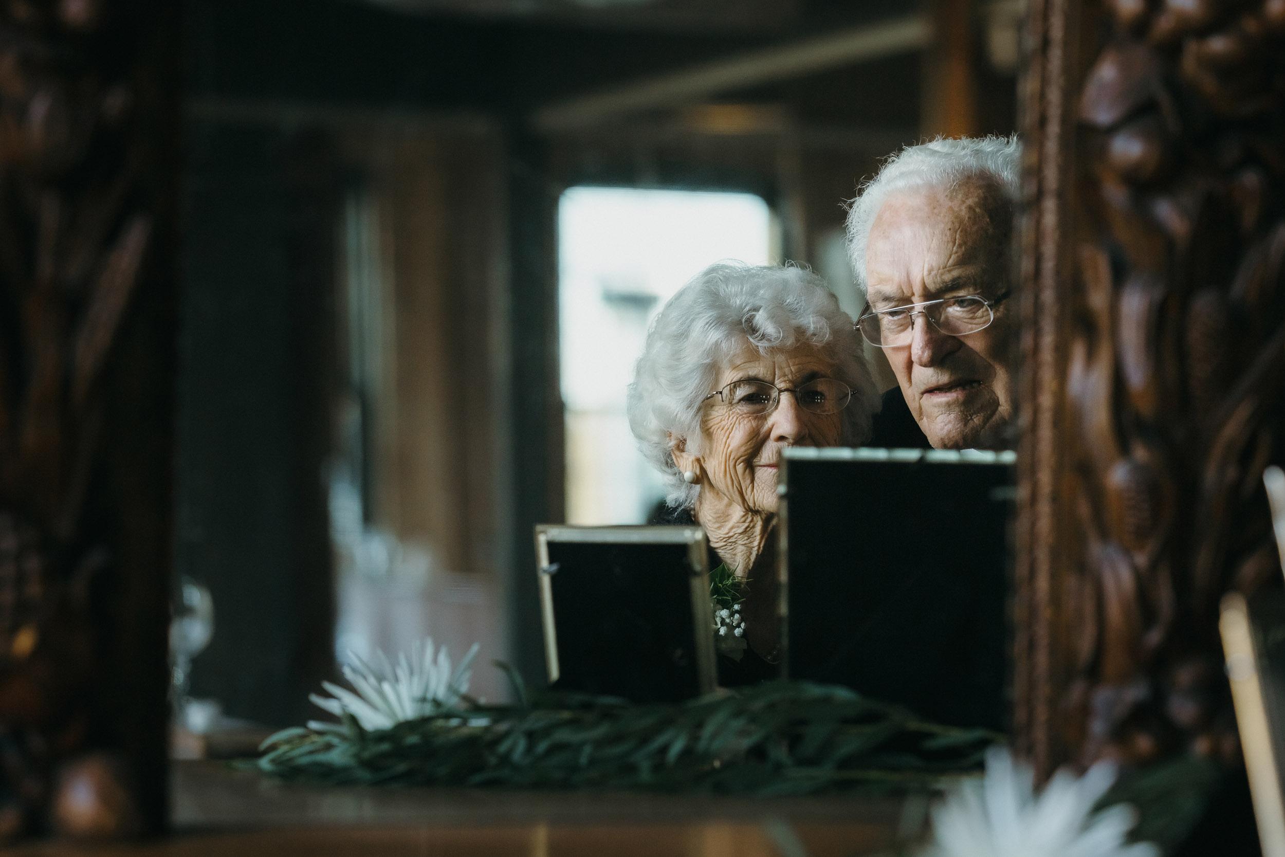 2-best minneapolis documentary wedding photographers-12.jpg