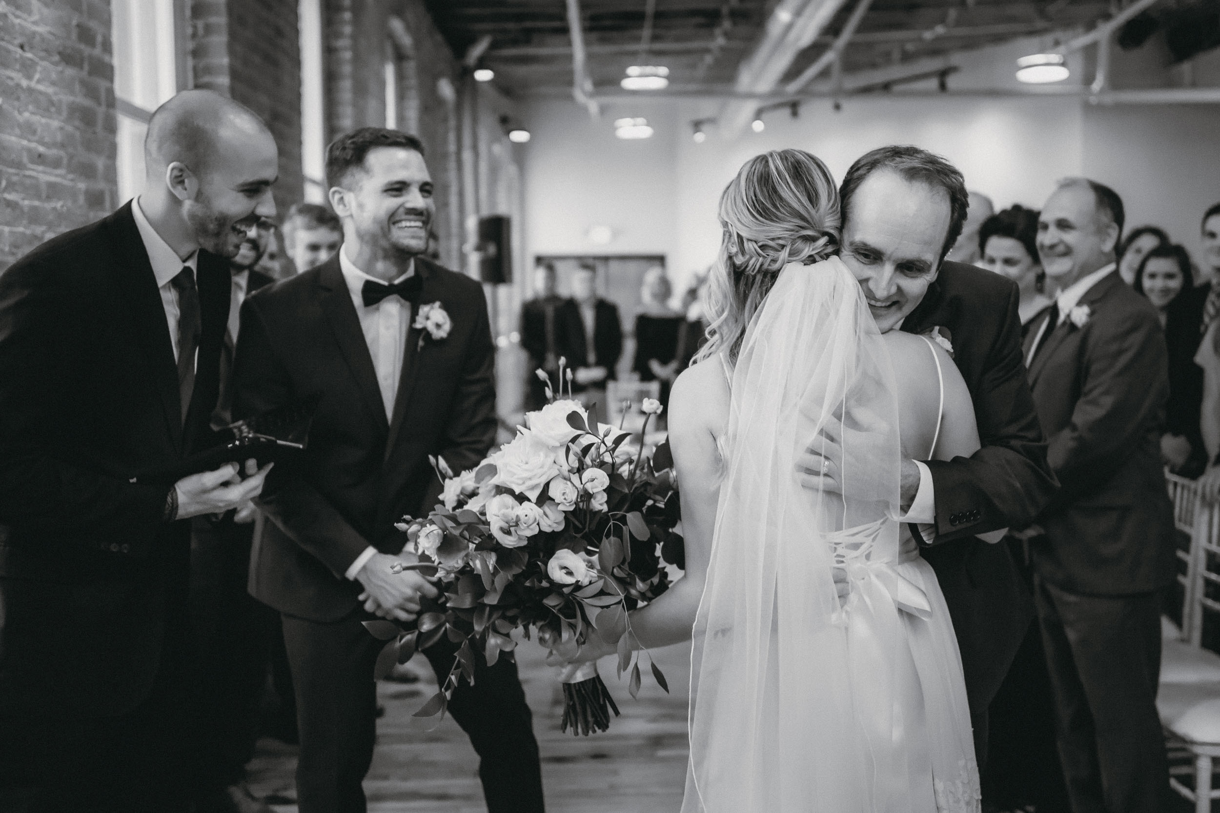91-minneapolis documentary wedding photographer-5.jpg