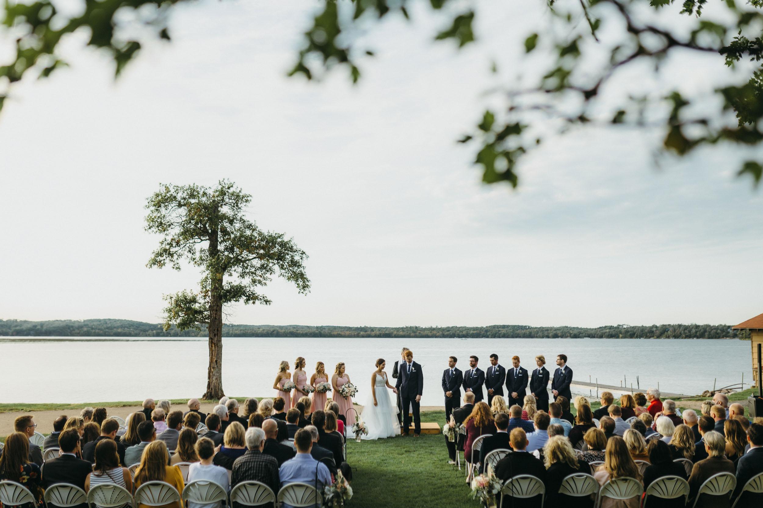 46-maddens resort minnesota outdoor ceremony wedding photographer-1.jpg