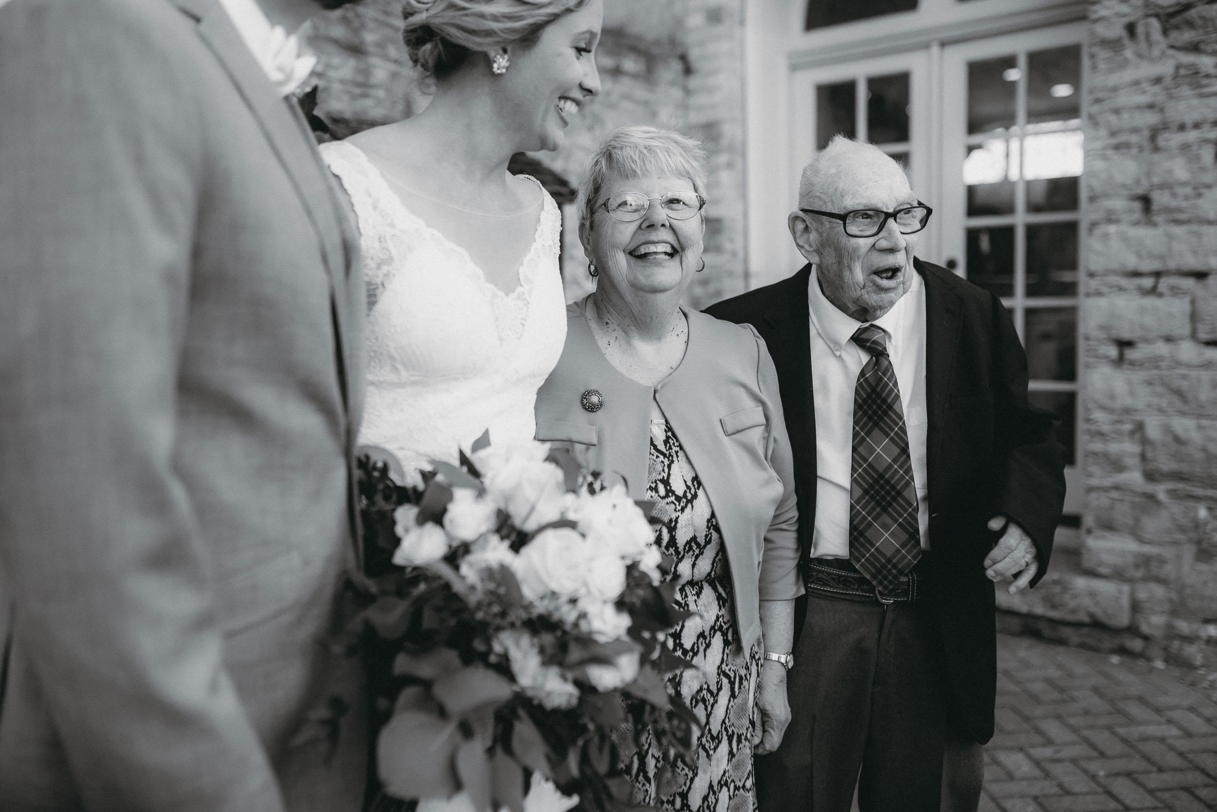 57-best minneapolis candid documentary wedding photographer-5.jpg