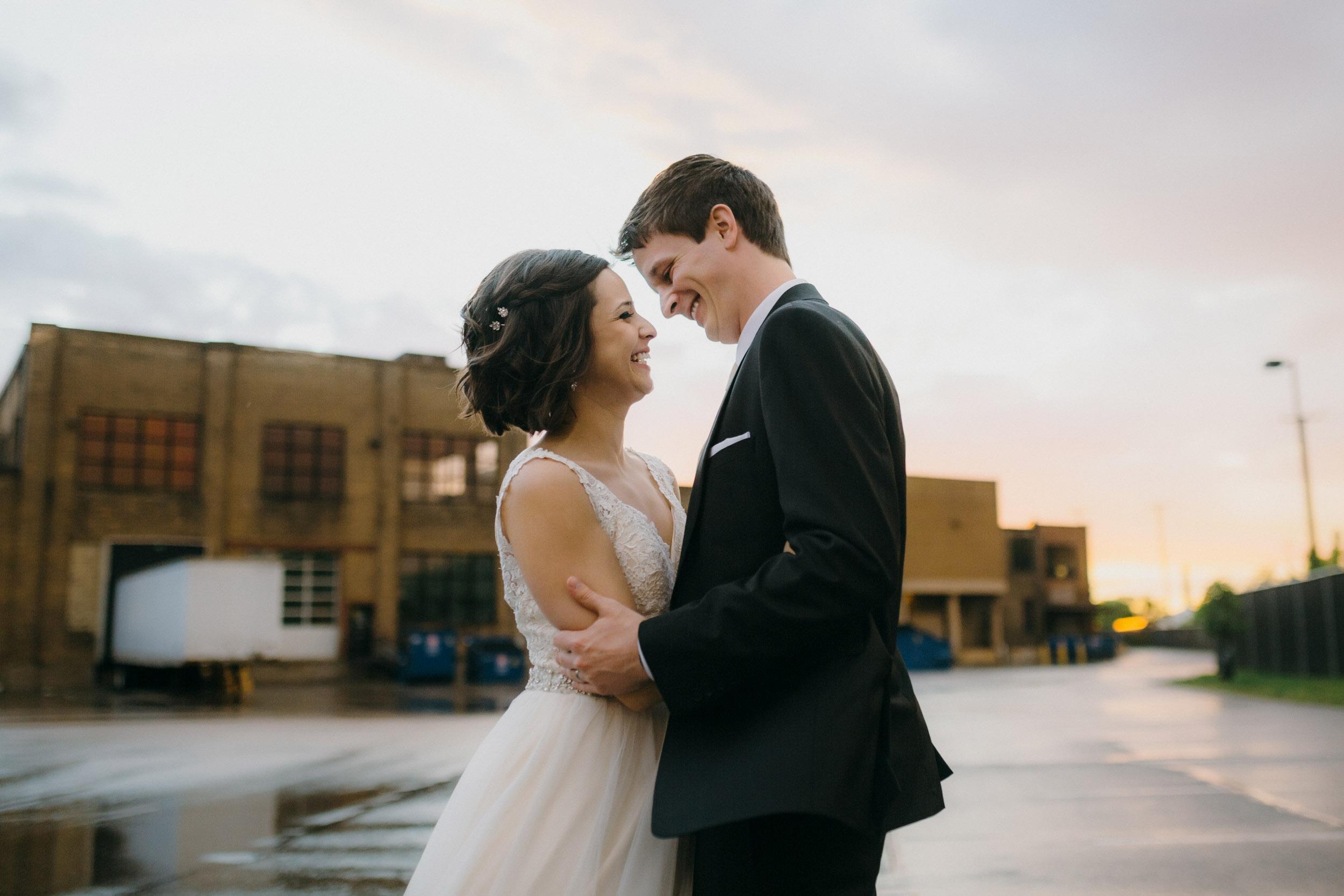 41-bauhaus minneapolis documentary wedding photographers-1.jpg