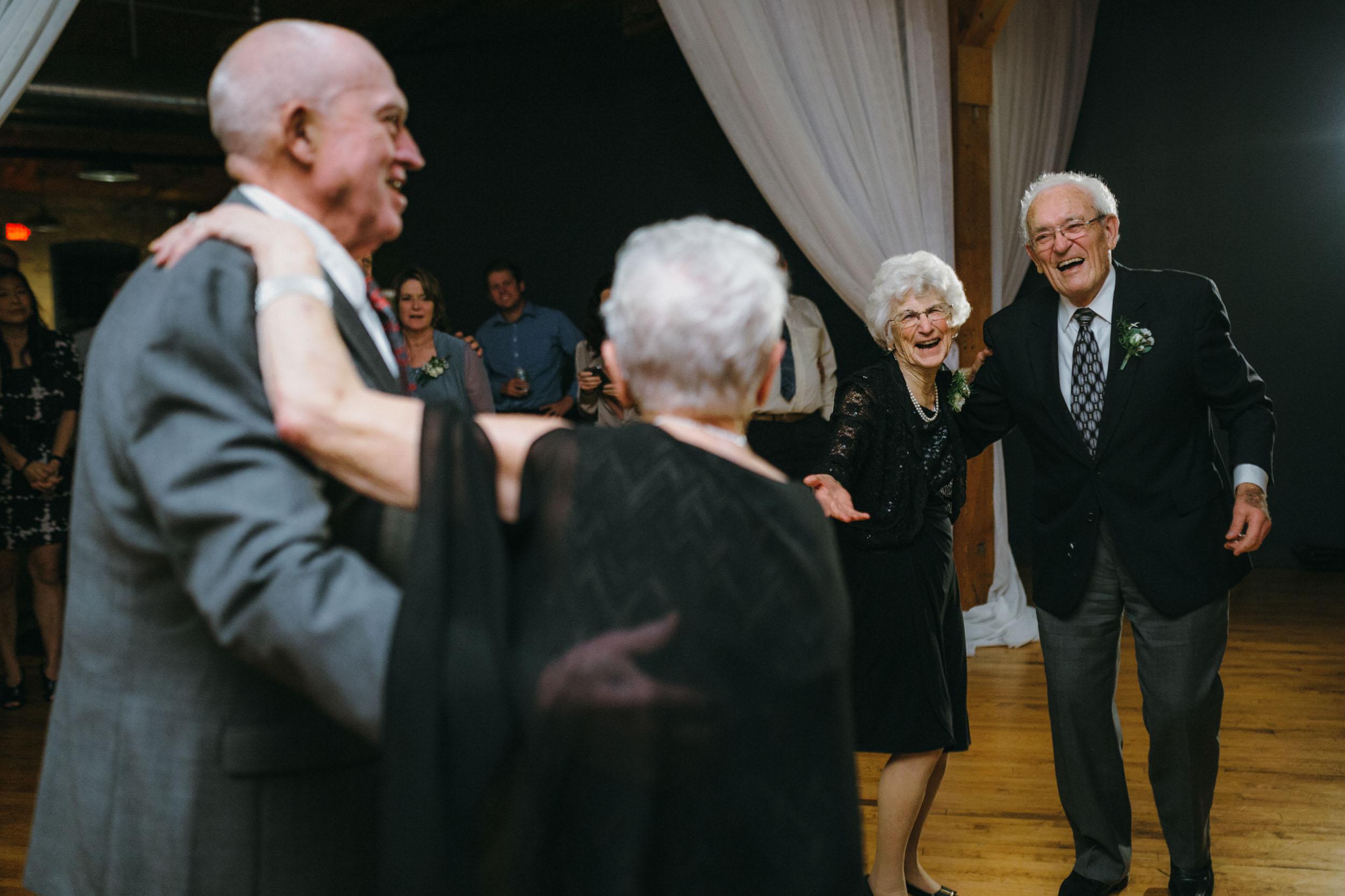 69-best minneapolis documentary wedding photographers-11.jpg