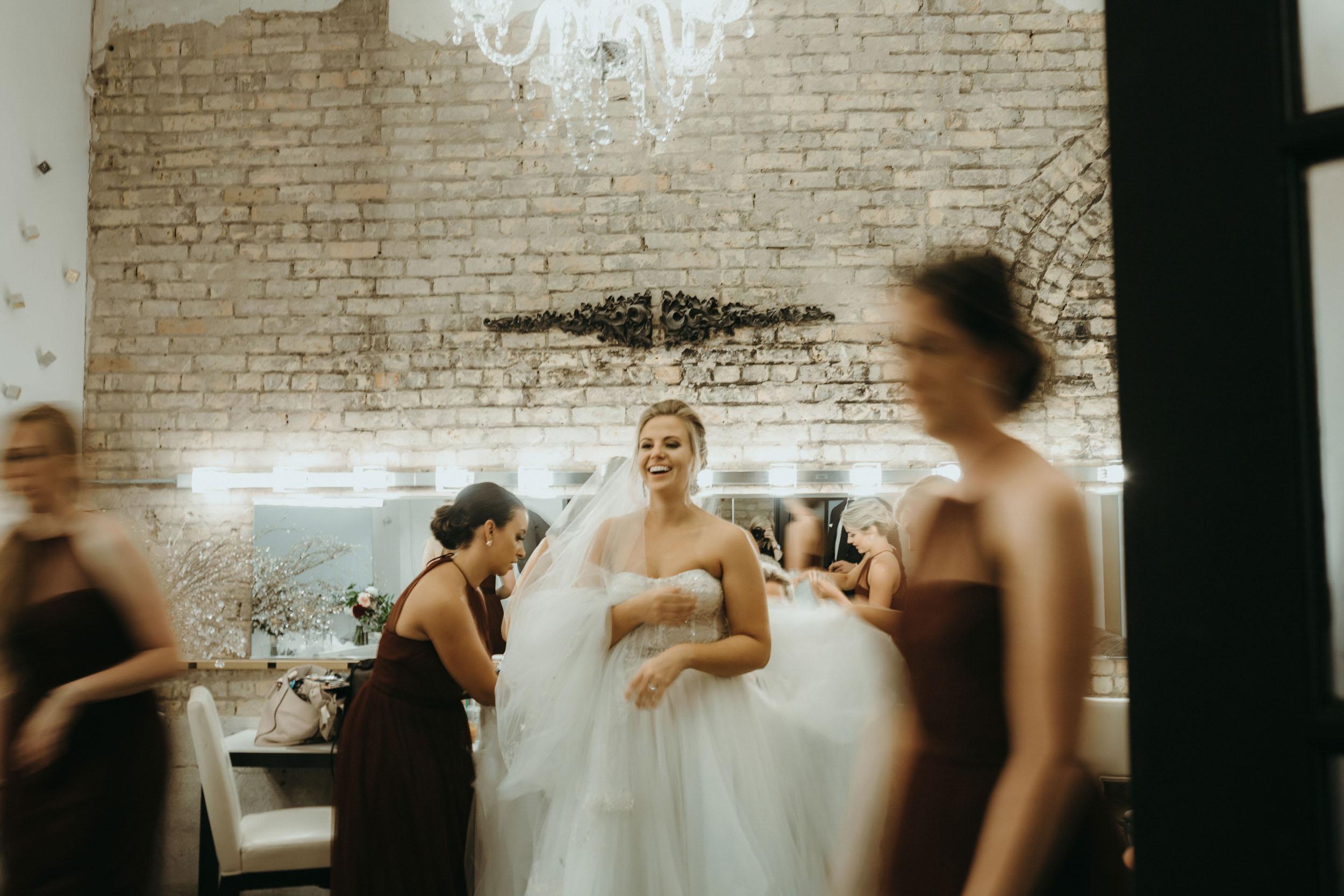 90-aria minneapolis candid wedding photographer-1.jpg