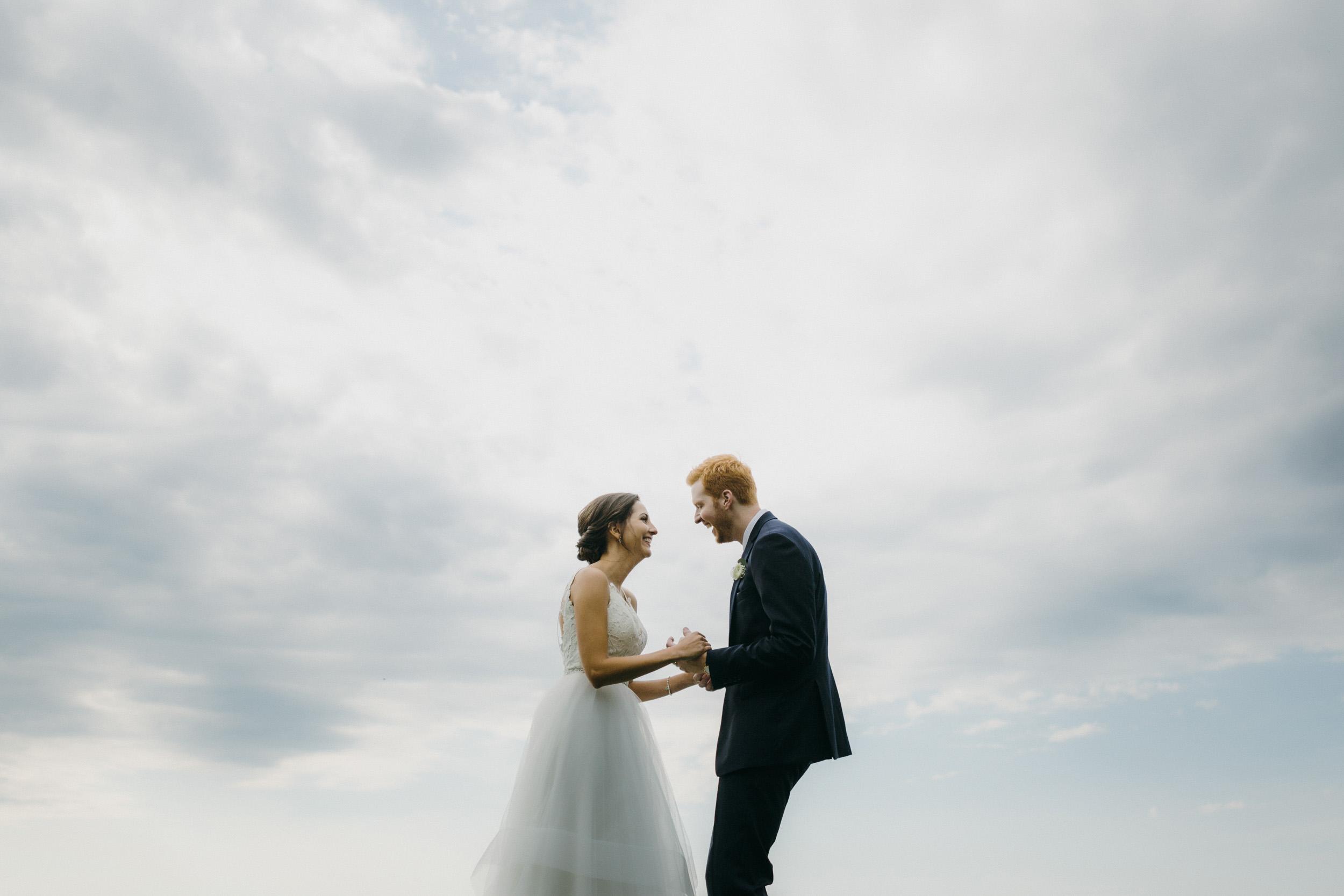 50-minneapolis outdoor creative wedding photographers-1.jpg