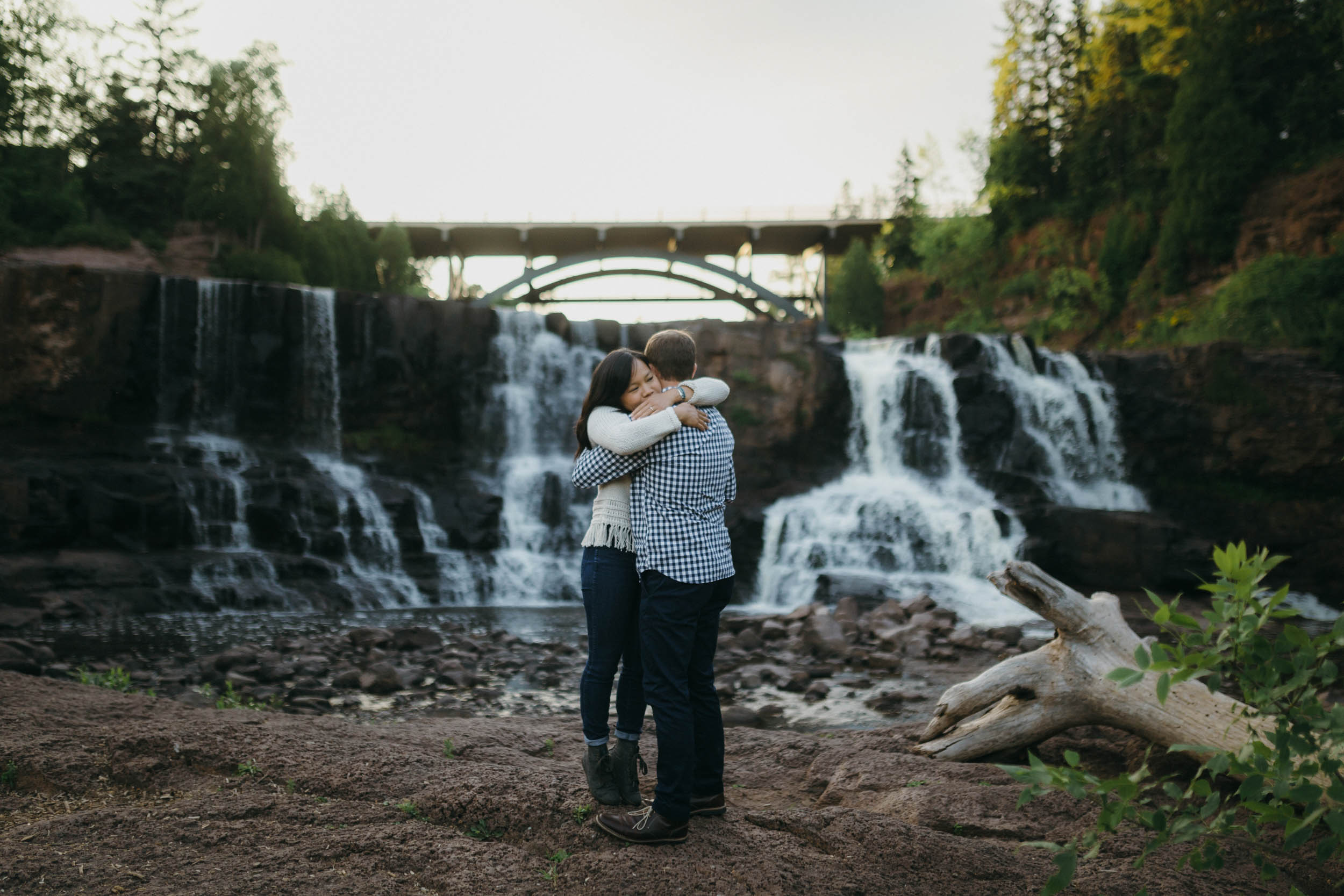 14-gooseberry falls minnesota engagement session photos photographers.jpg