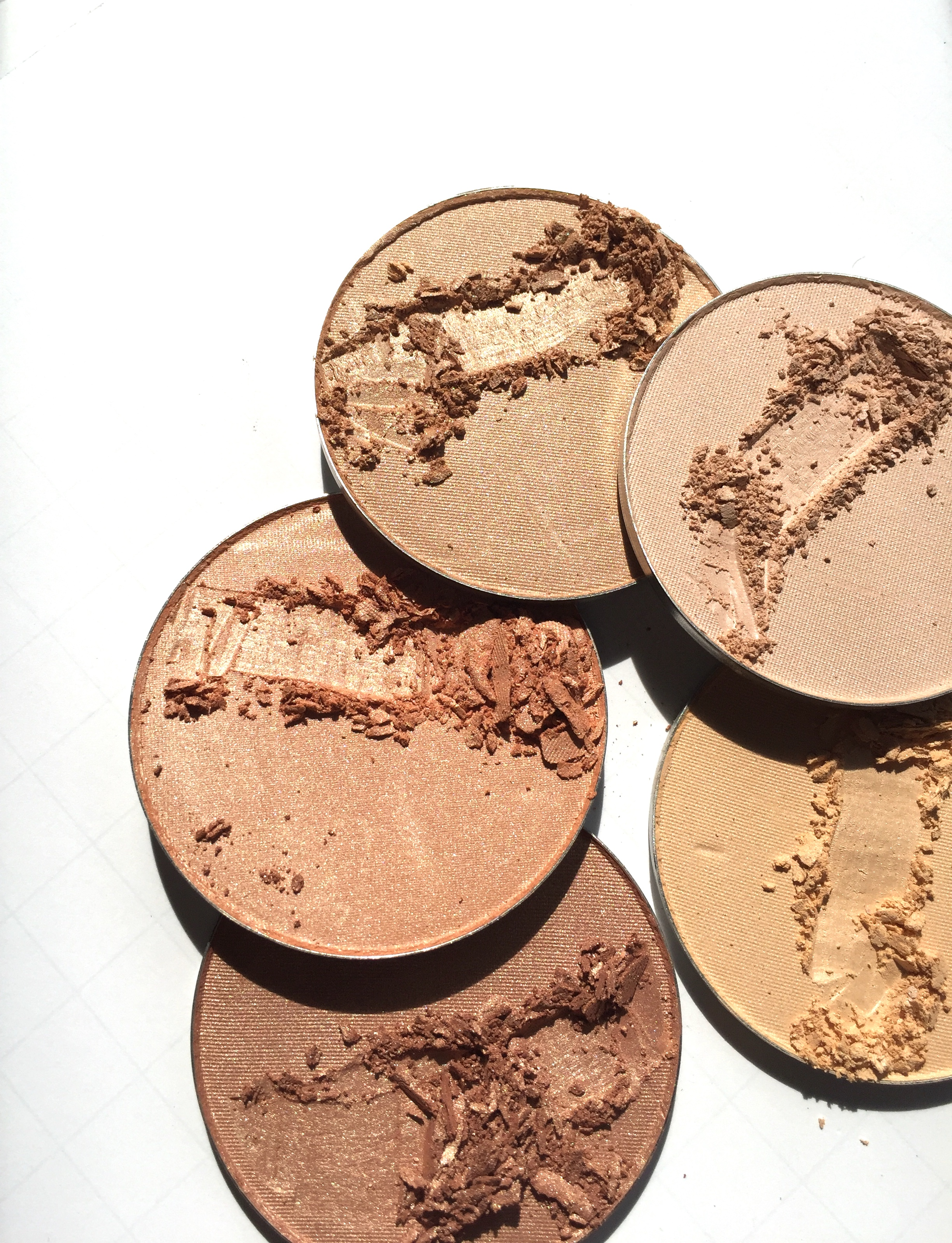 Makeup - Bronzer Highlighters 1.jpg