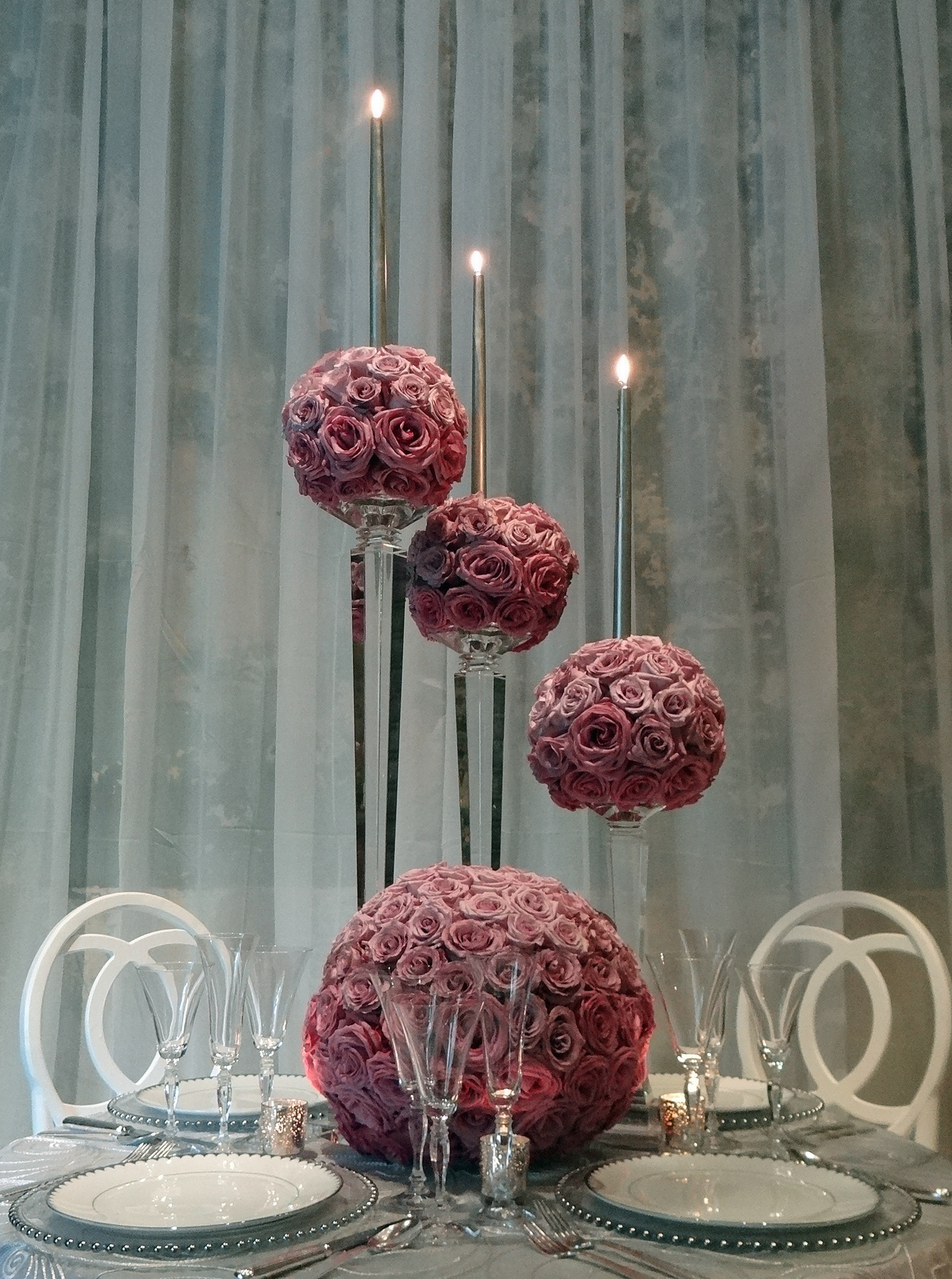 LAVENDER-OMBRE-ROSE-GLOBES-WITH-CRYSTAL-CANDLESTICK resized.jpg