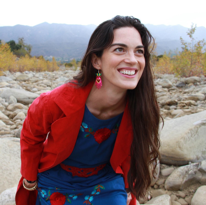 Rebecca Comerford-ConnectBeyondFestival.jpg
