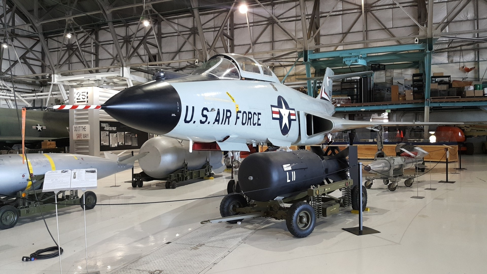 Air_and_Space_Museum3[1].jpg