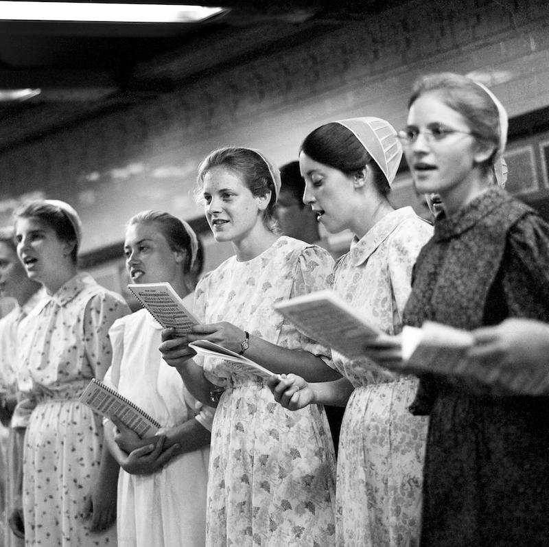 Subway Singers