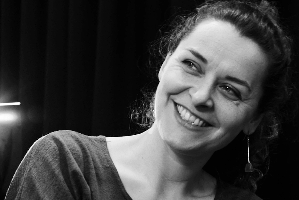 Sterre Maier - Sterre performed most recently with Filament Theatre in Earth Makes No Sound (2018), with Fevered Sleep in Sheep Pig Goat (2017), and in As You Like It at the National Theatre (2016). She worked as a director in South Korea, Romania and Bulgaria, as a voice coach for several UK theatre companies and taught at many drama schools including the Royal Central School of Speech and Drama, Chung Ang University in Seoul and Guildford School of Acting. She currently works as a freelance voice artist and is a senior voice tutor at Mountview.