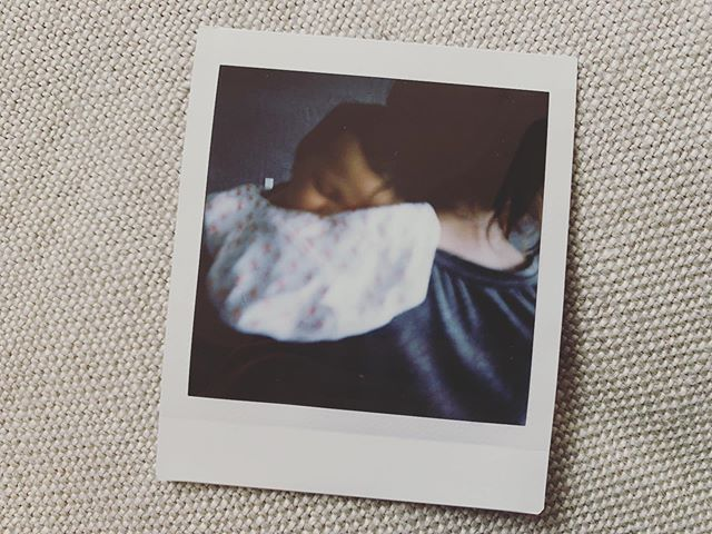 Kenzi... she's life at its best . . . . #happyonemonth #may3 #gottalovepolaroids #perfectlyoutoffocus