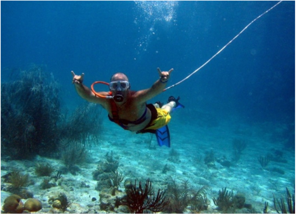 SNUBA   A mix between scuba-diving and snorkelling for the whole family to enjoy, Snuba does not require any diving experience or certification and is accessible to those with basic swimming skills. An exciting way for the family to discover the sub-aquatic life of St Lucia together.