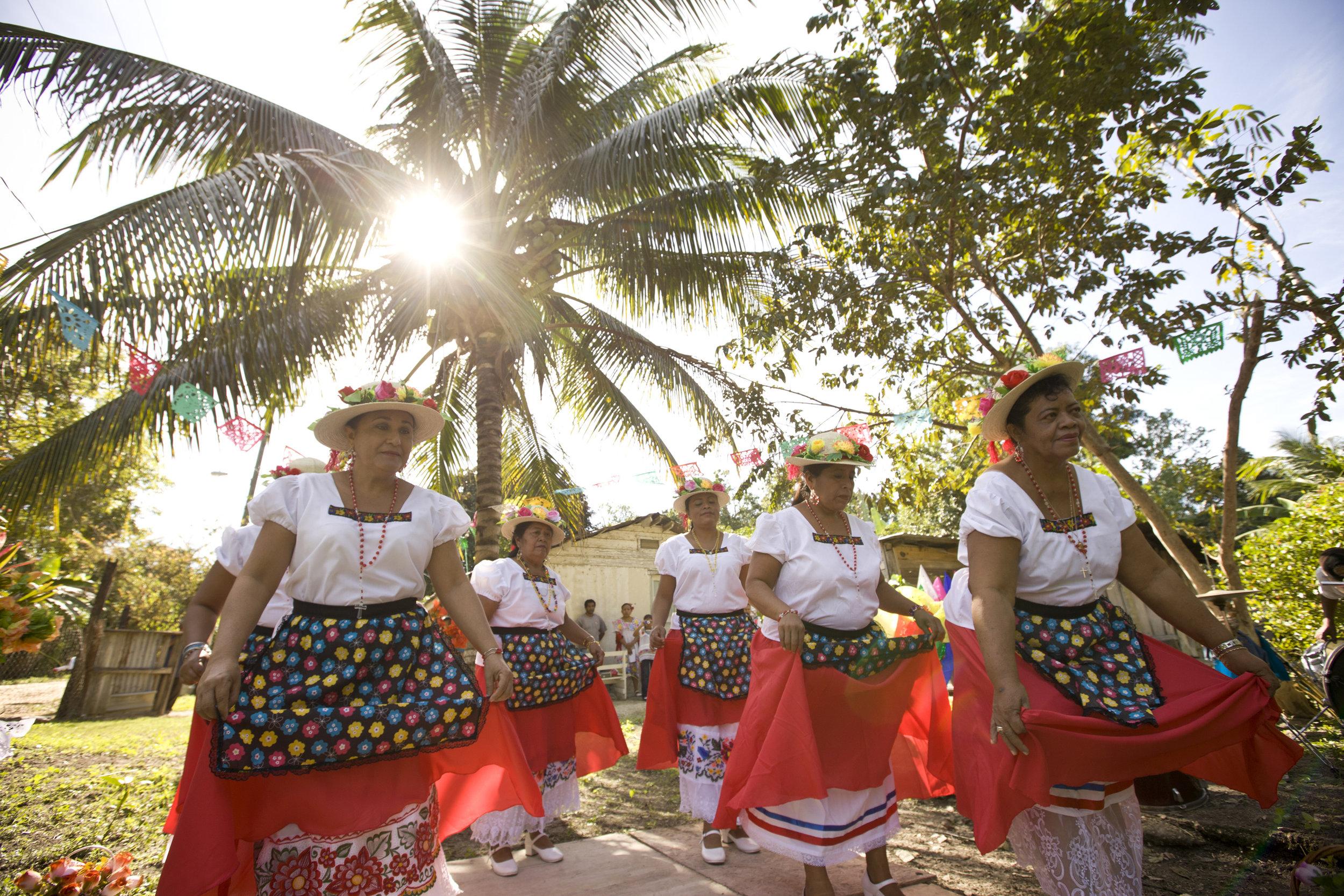 palamar dancers  (4).jpg