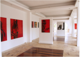 ART CAFÉ   Curated by owner Janus Pavluk, this Island Harbour gallery invites you to browse international contemporary art whilst enjoying a light bite. Located in the Coconut Paradise Building.
