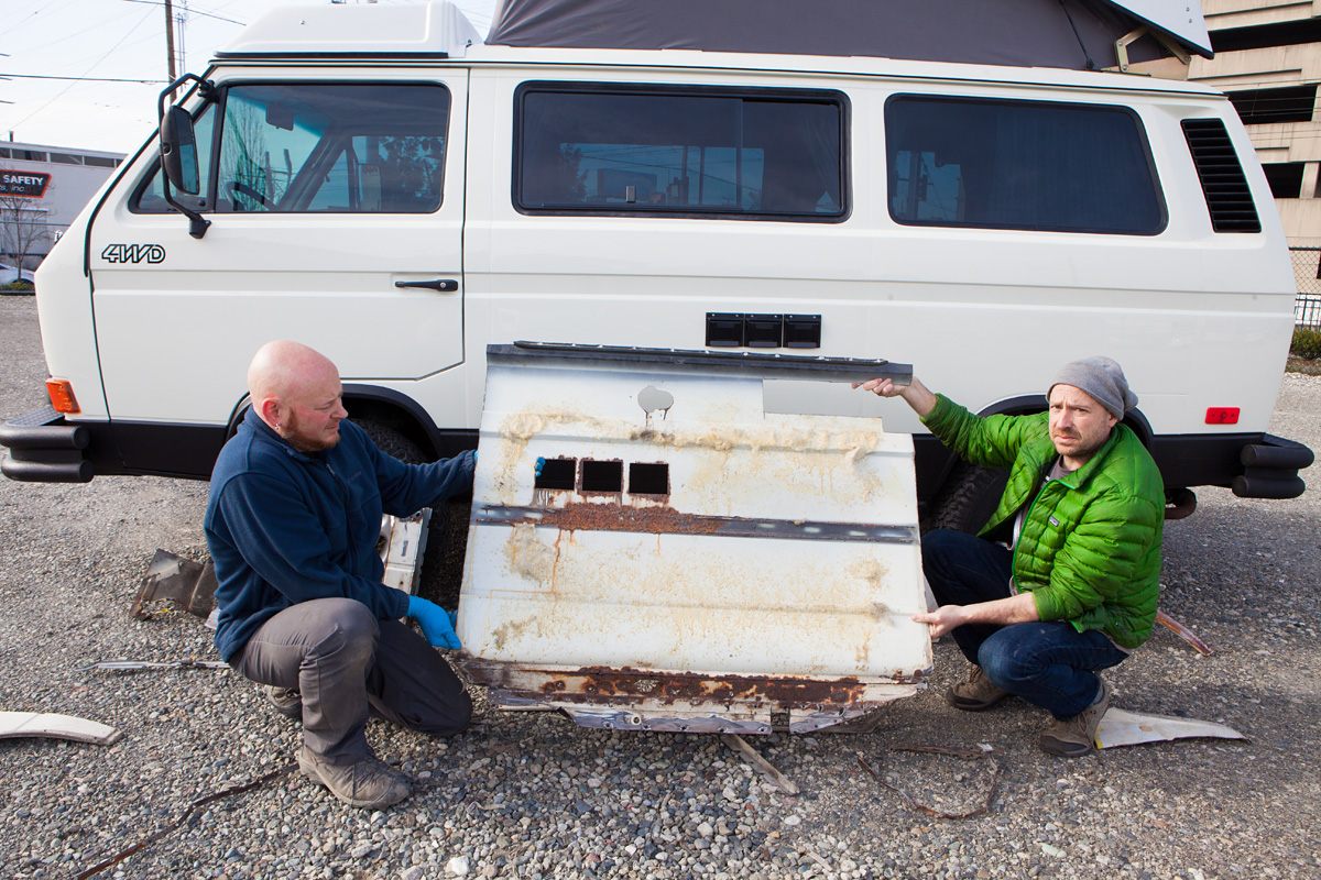 Peace-Vans-Custom-Paint-White-25.jpg