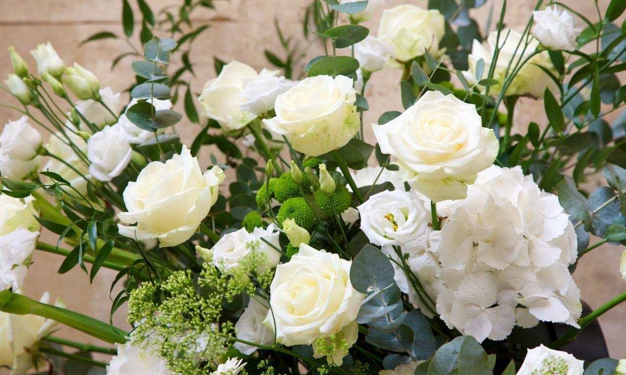 Entrance-flowers.jpg