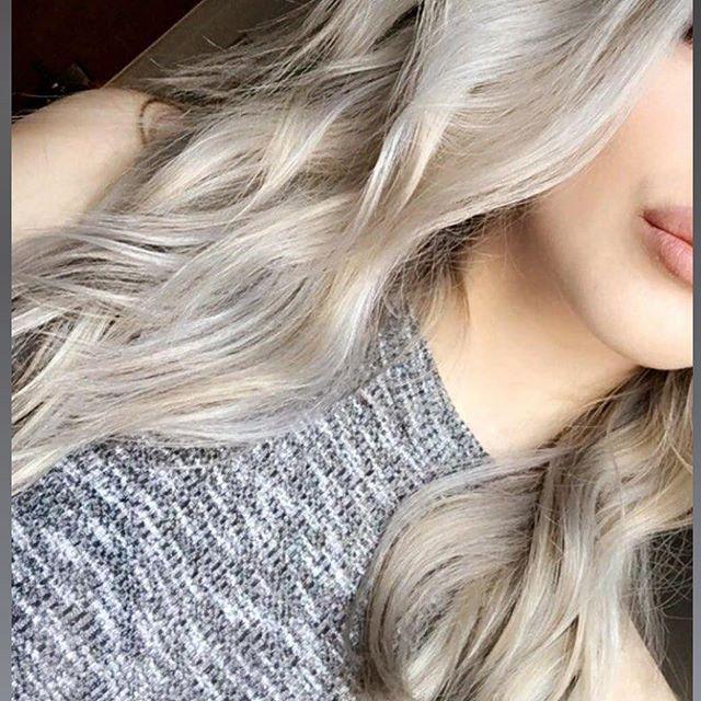 @amyhpenny ash blonde tones.  #ashblondehair #repost #maisalonuk #hair #blondetones #blondehair #highlights #toners #manchestersalon