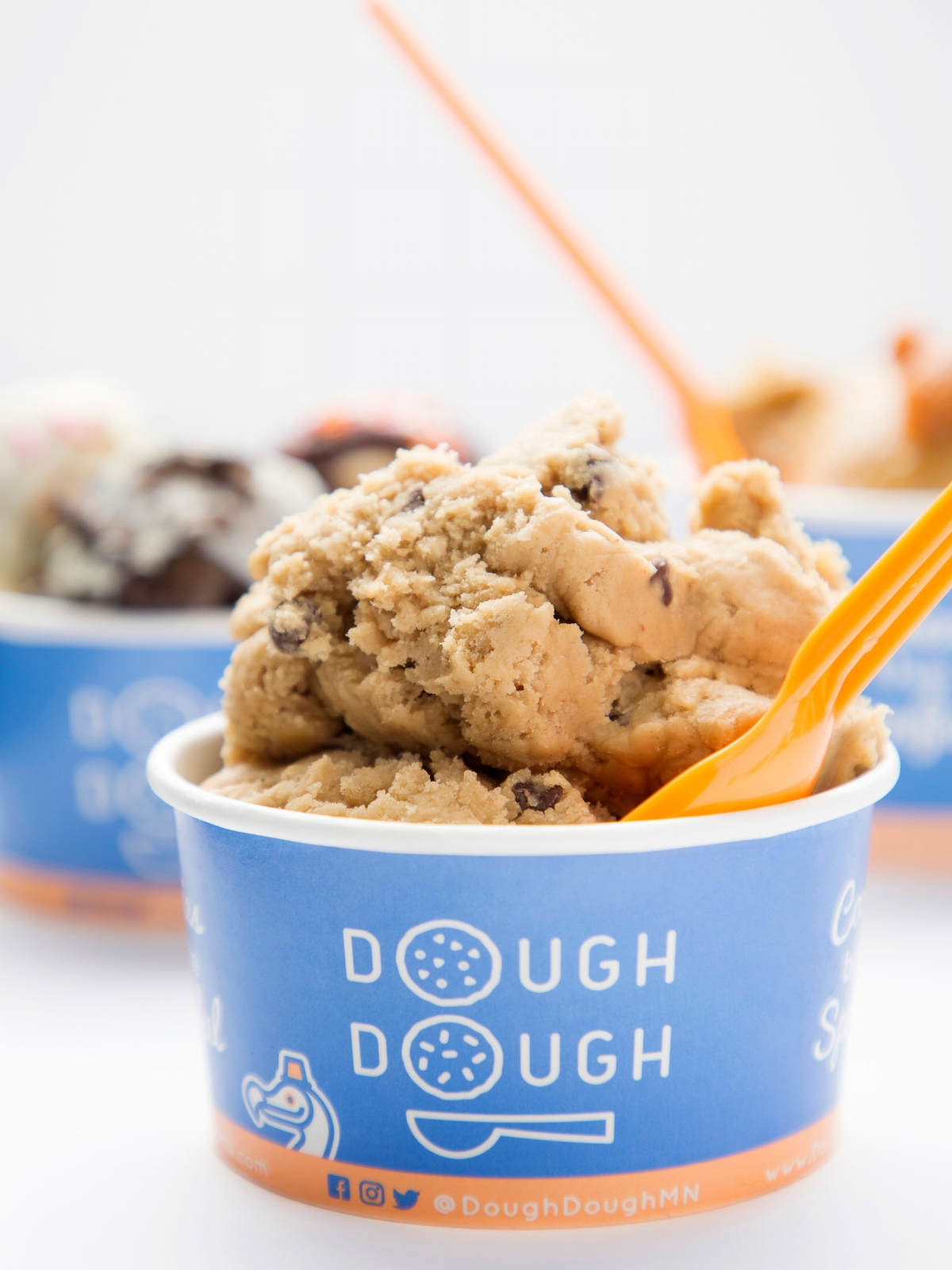 Dough Dough - -store front @ the Mall of America-dessert food truck-mobile tricycle service-cateringcontactus@doughdoughmn.com