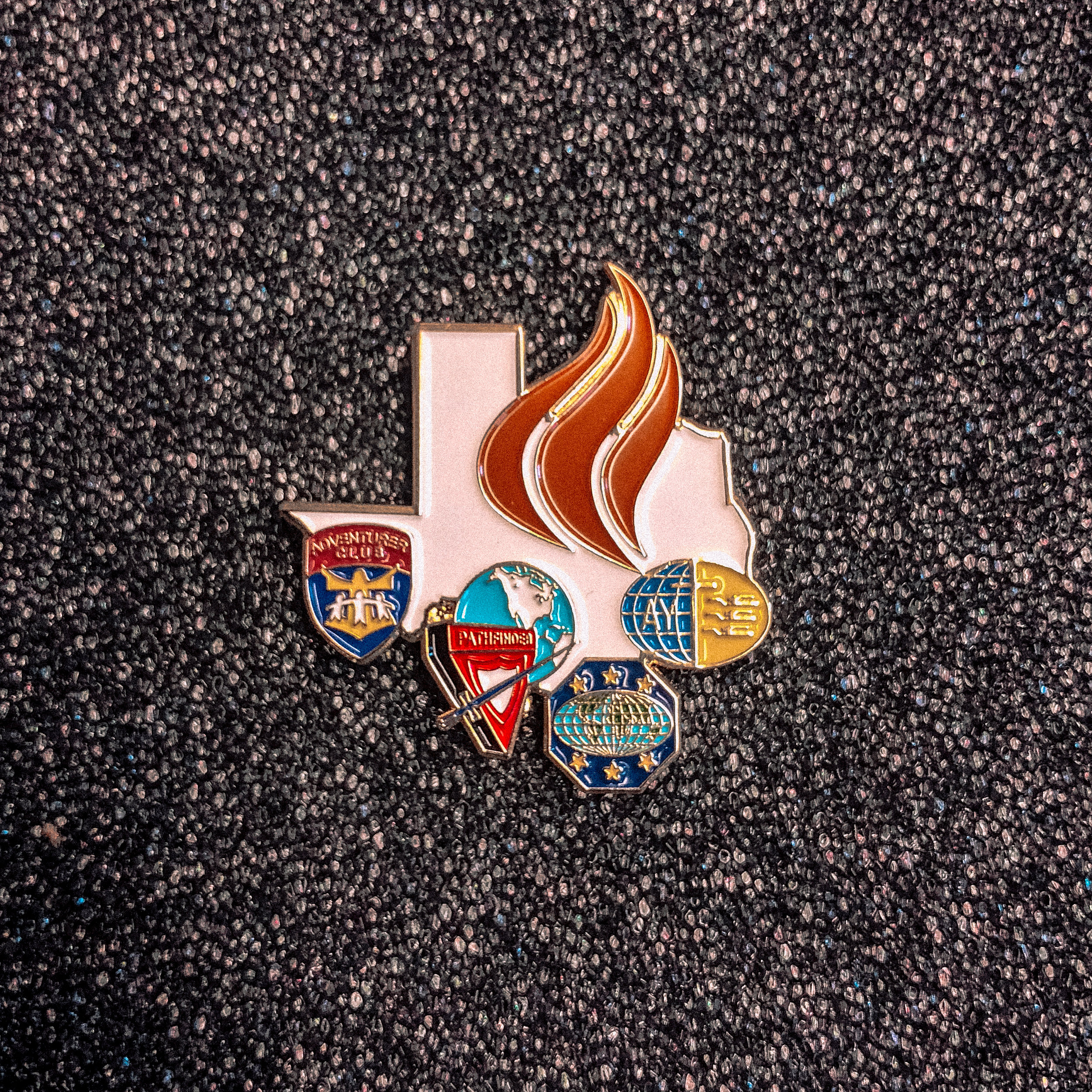 TEXAS CONFERENCE -  CLUB MINISTRIES PIN    $5.00