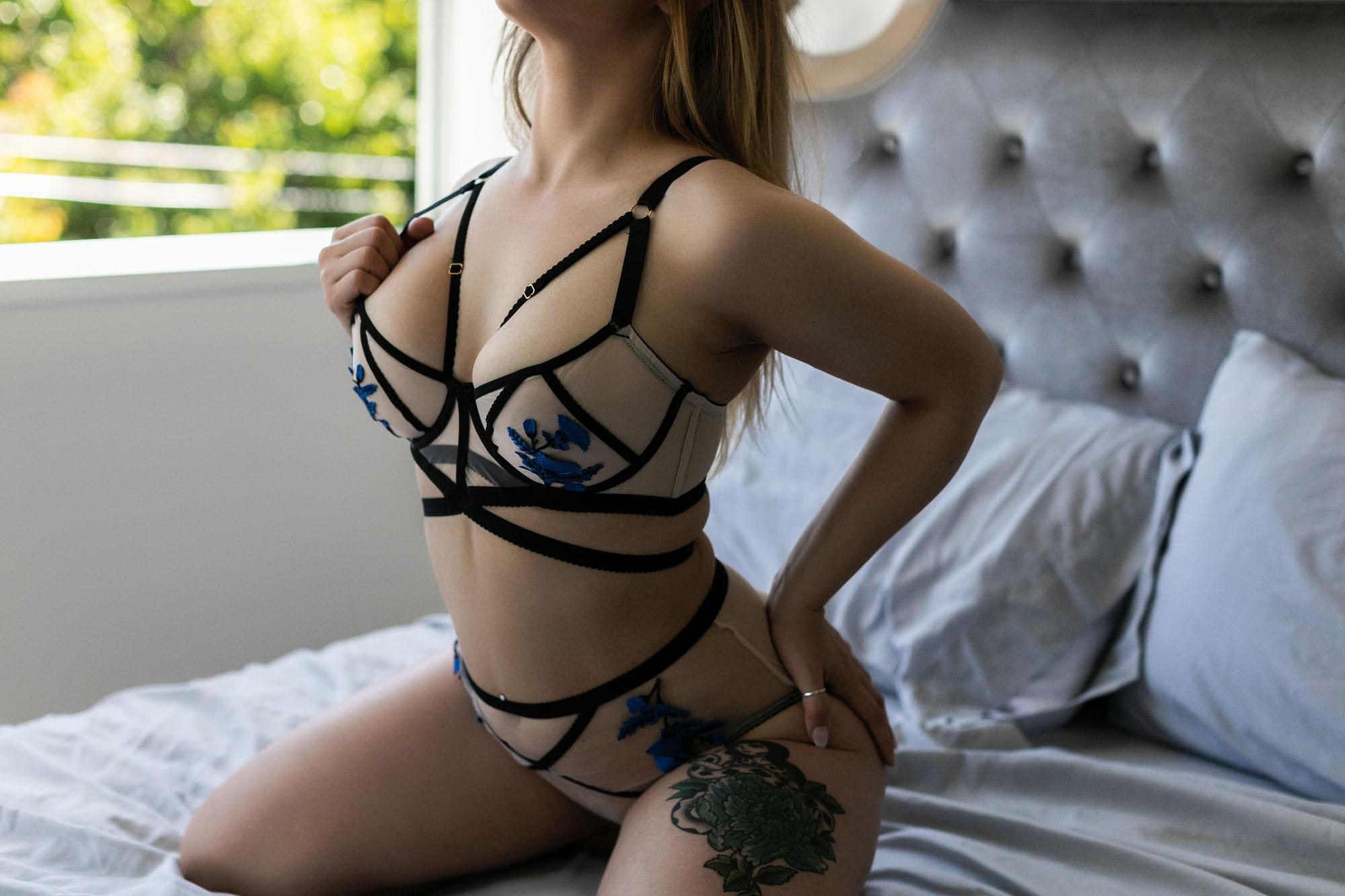 boudoir_outfit_ideas.jpg