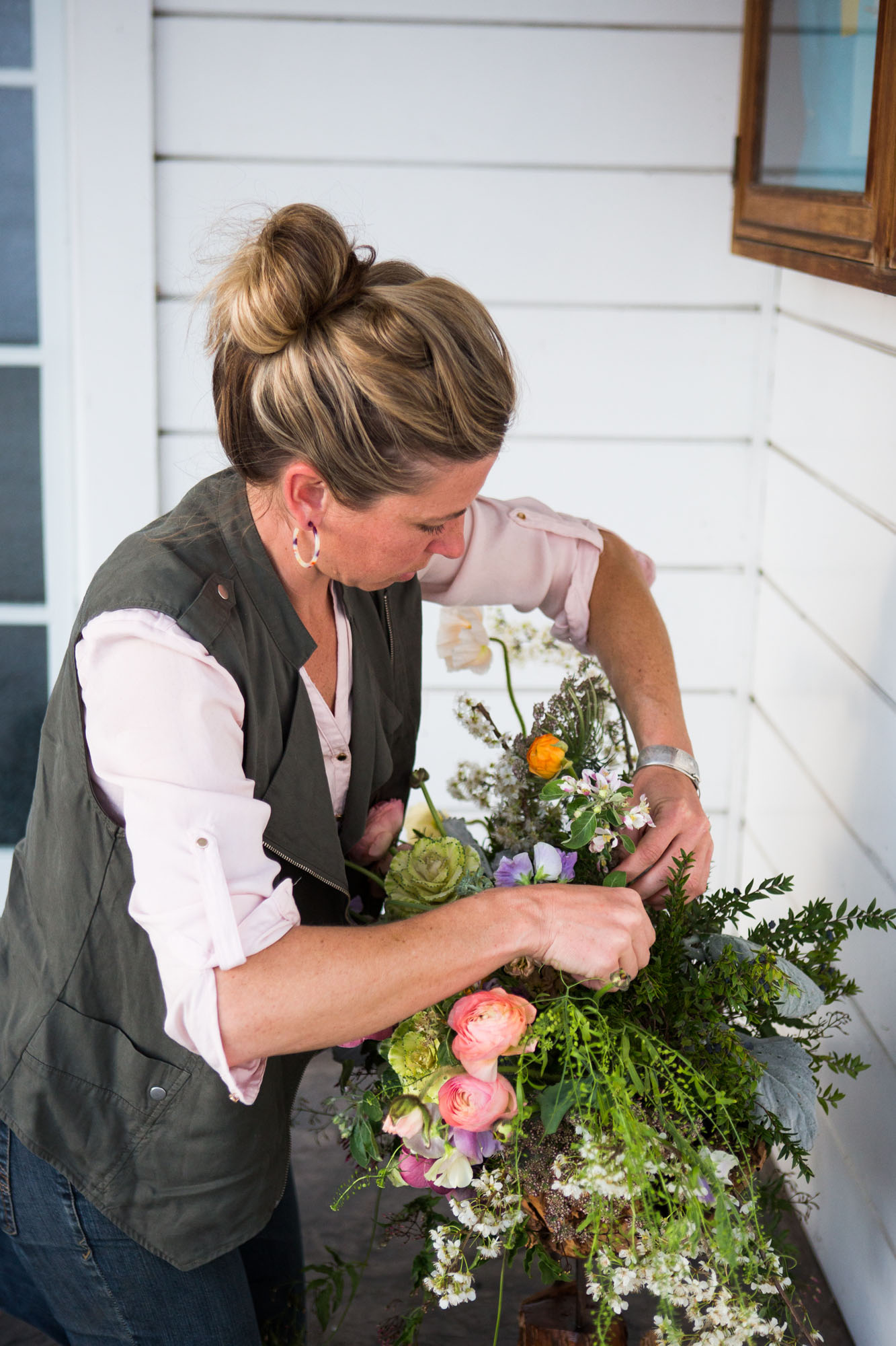 FlowersbyCarra-branding-florist.jpg