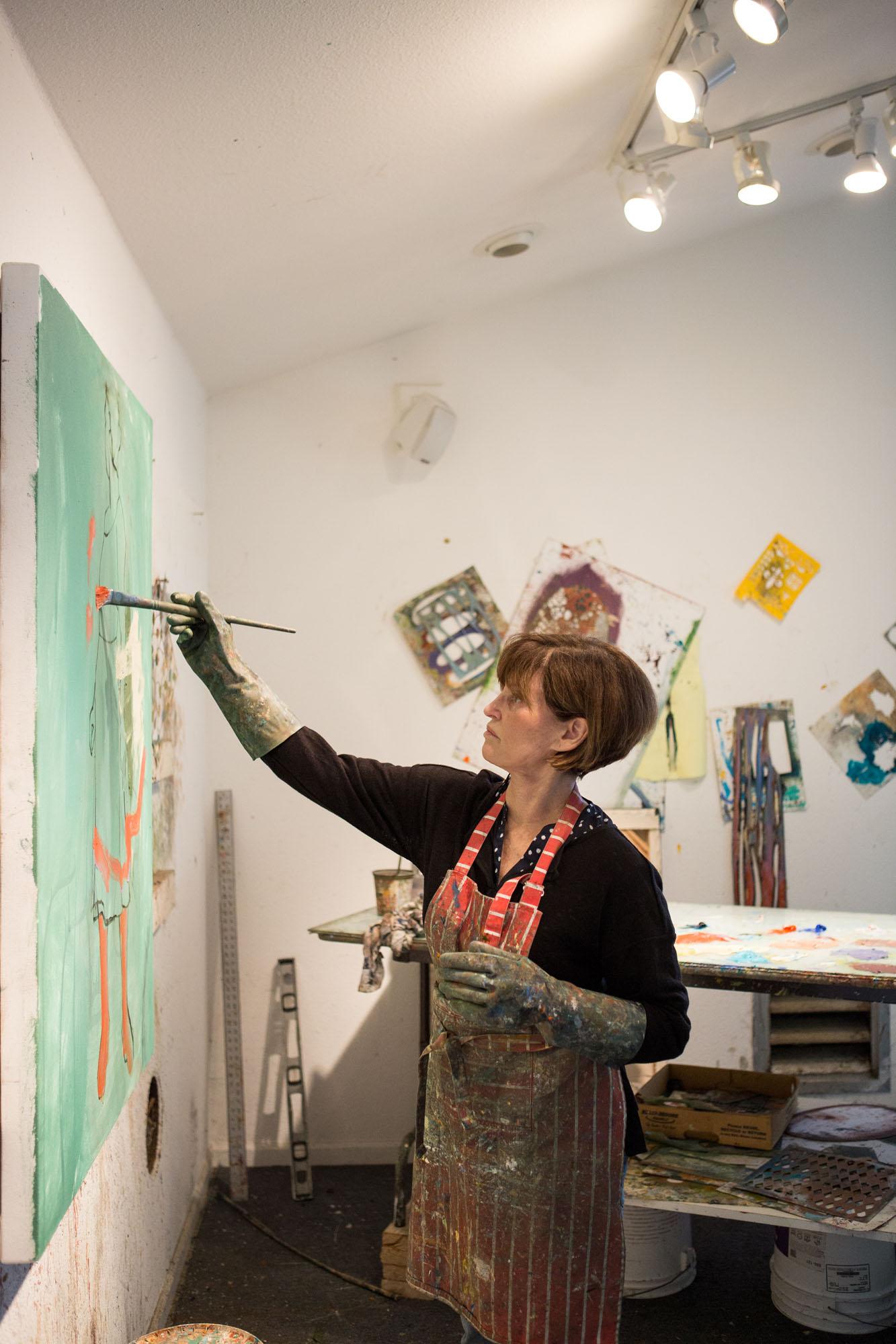 Linda-Christensen-artist-studio-branding-photos-oil-painter04.jpg