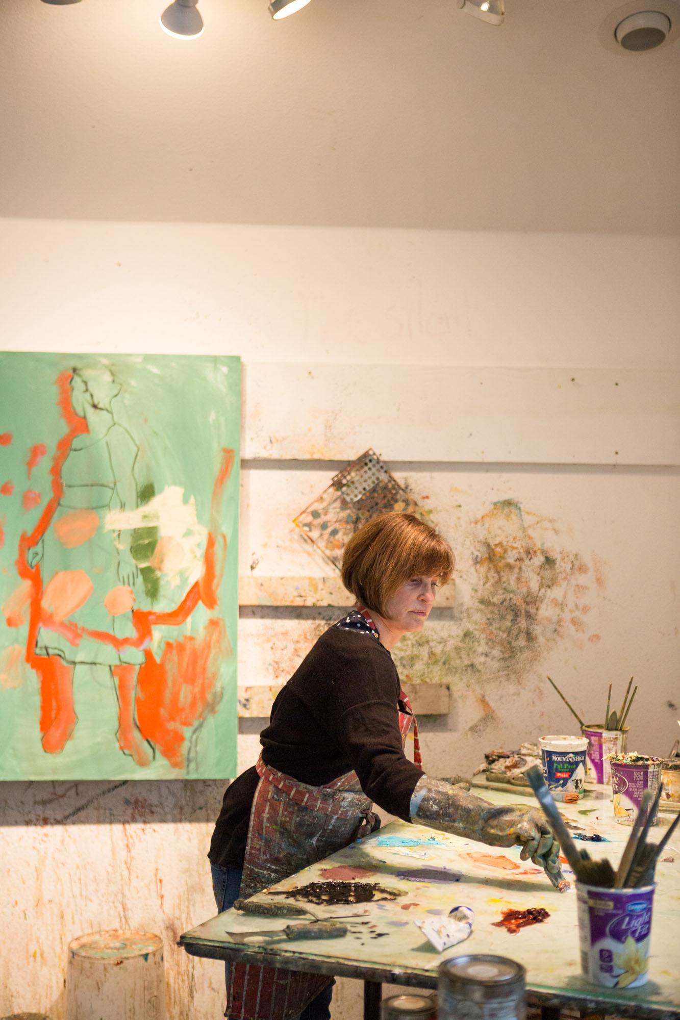 Linda-Christensen-artist-studio-branding-photos-oil-painter06.jpg