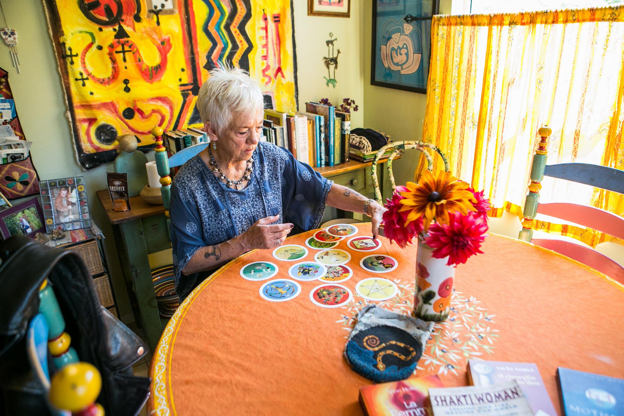 VickiNoble-tarot-cards-branding-photos.jpg