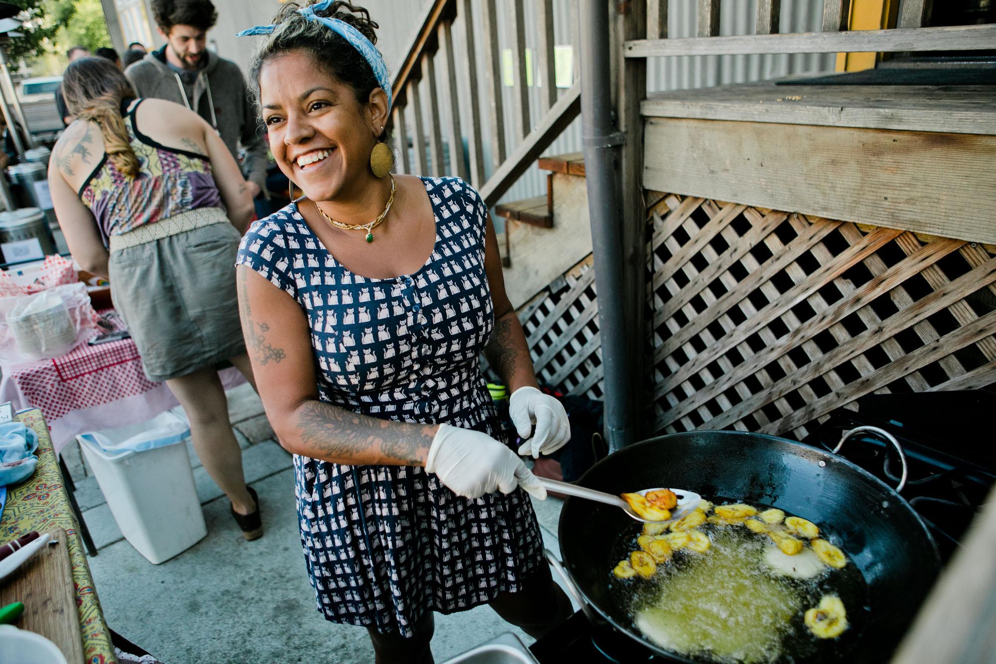 woman_cooling_outdoor_pop_up_food_truck.jpg