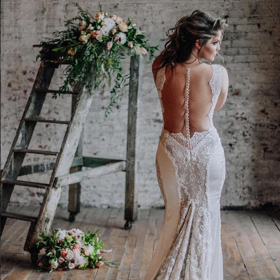 Bella Sposa   A Vintage and Local Bridal Affair
