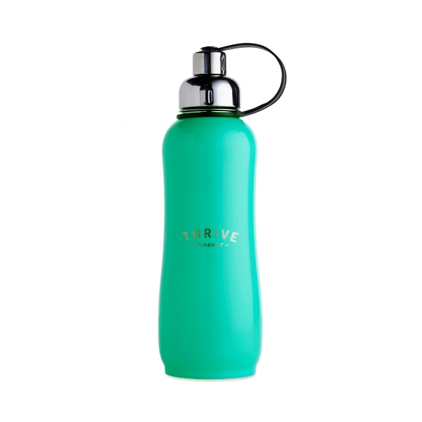 Stainless steel water bottle with a handle 1 liter size.