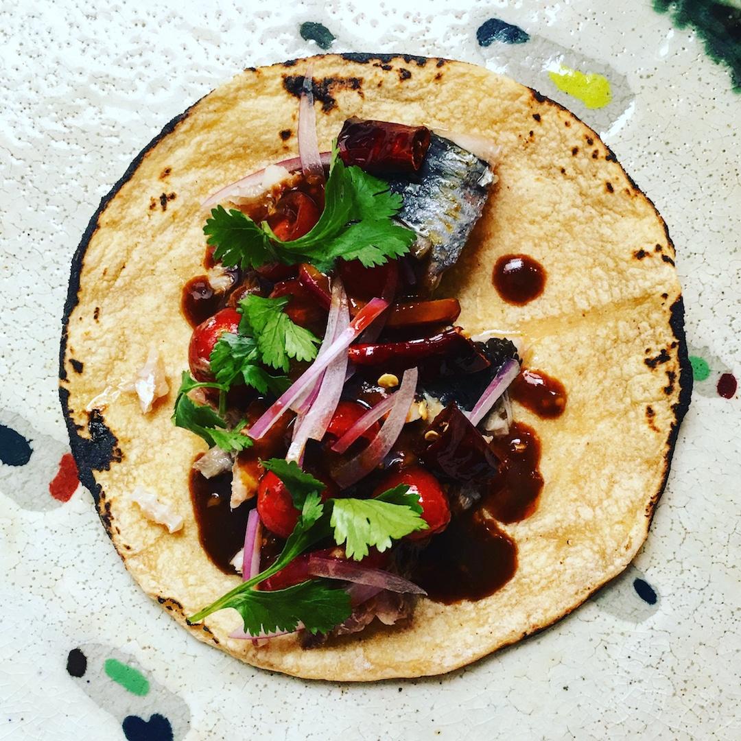 09062018_bombasdeumami-taco de sardinas.jpg