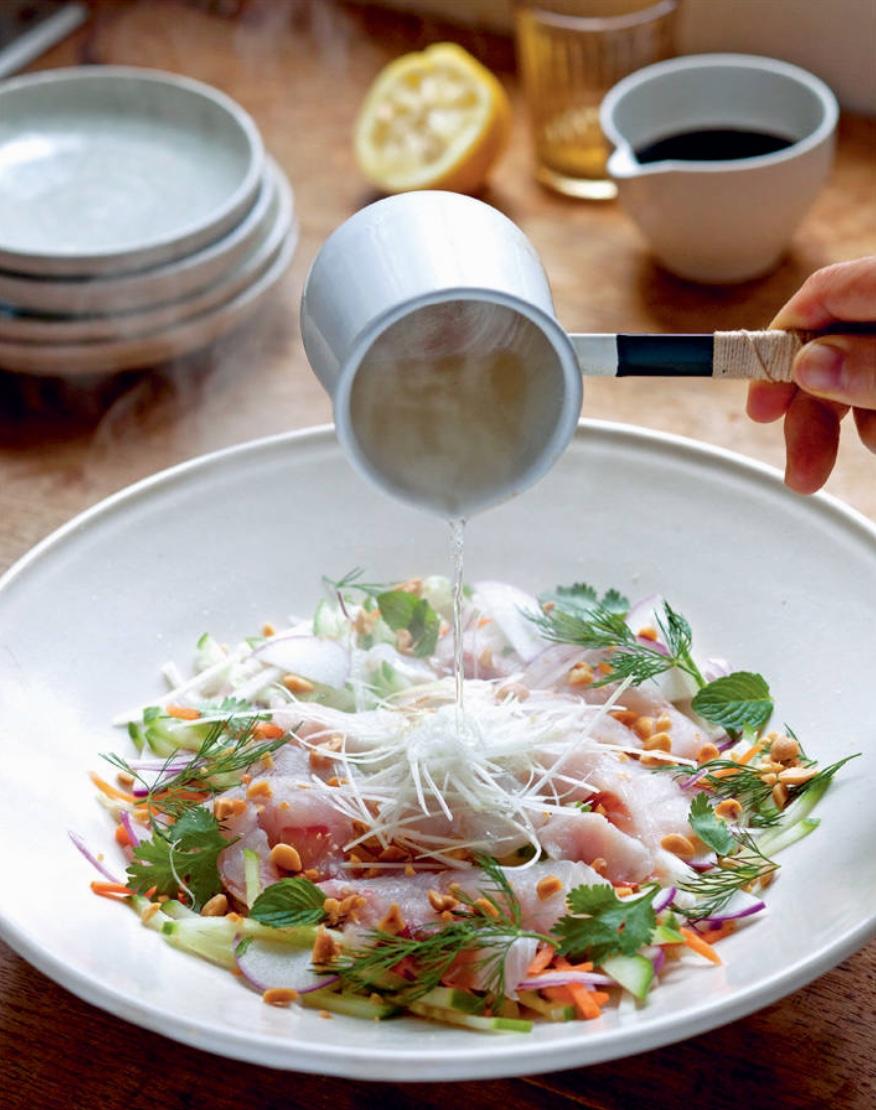 hojasana_recetas-japon ensalada de sashimi lubina 01.jpg