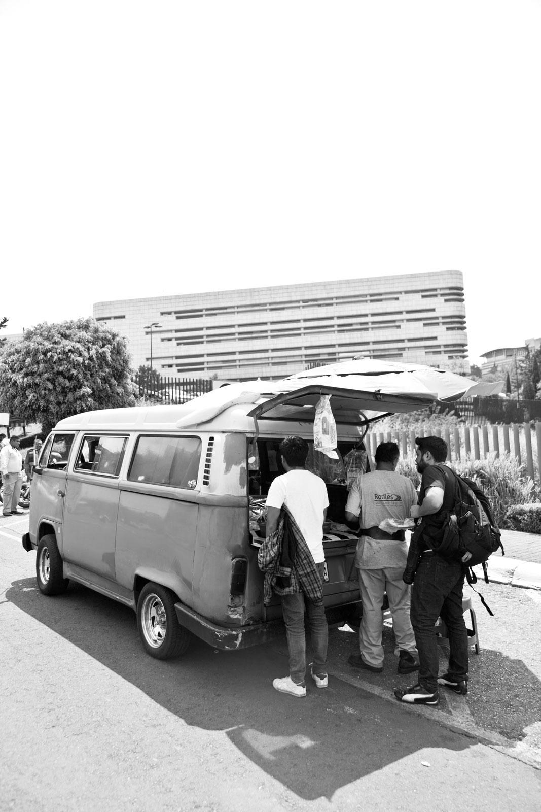 07152019_galeria-taqueros 11 camioneta bn.jpg